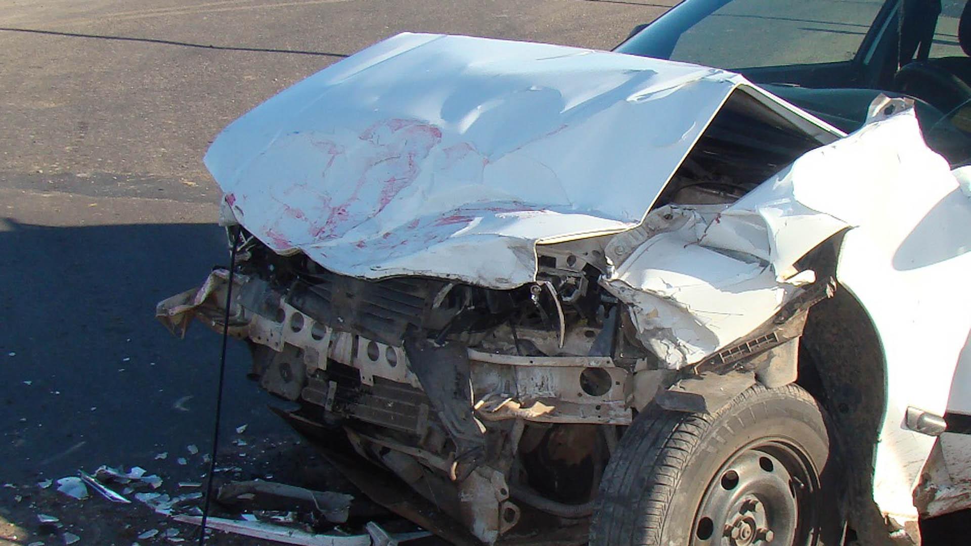 Las autoridades aún no han determinado la causa del accidente que también dejó una persona herida