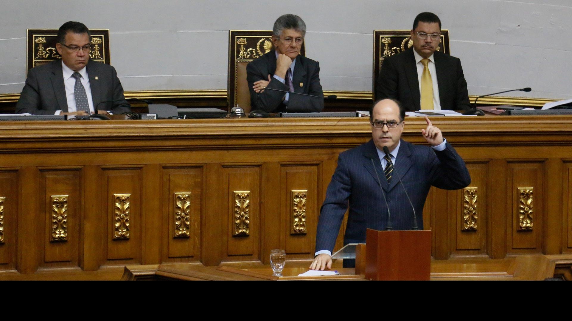 Julio Borges lamentó la muerte de tres personas en las manifestaciones vividas en días recientes