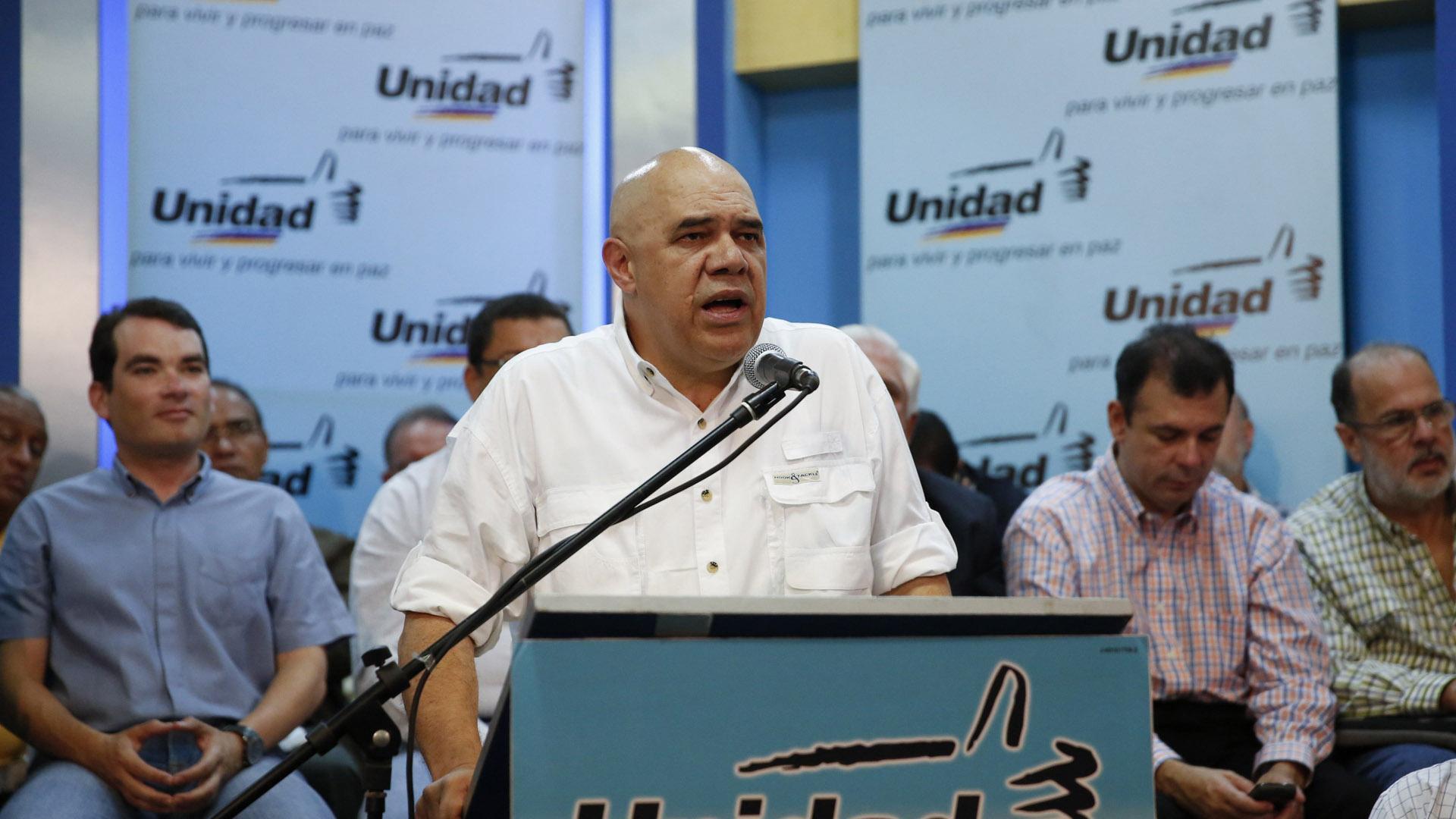 Torrealba asegura que se entregó más de cinco veces las firmas exigidas por el ente y ahora no dan la cara