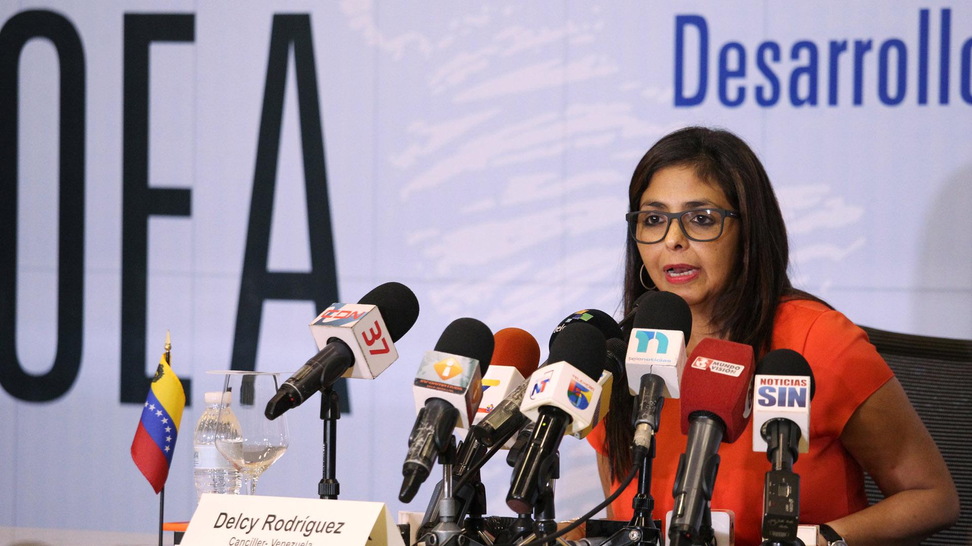 Venezuela exige renuncia de Almagro