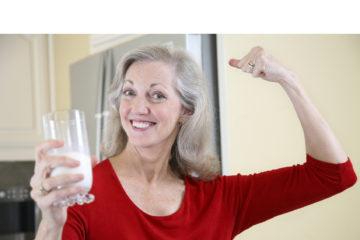 Sufrir osteoporosis muchas veces va vinculado a lo genético, otras veces es por el mal habito de algunas personas
