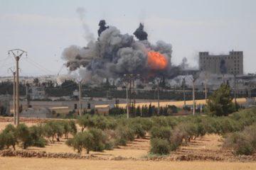 Una ofensiva que buscaba recuperar la ciudad de Al Raqqa fracasó ante los yihadistas, que siguen dominando el territorio