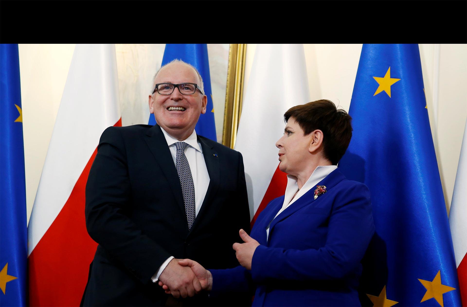 Al bloque le preocupa que Polonia esté violando los estándares legales de la comunidad