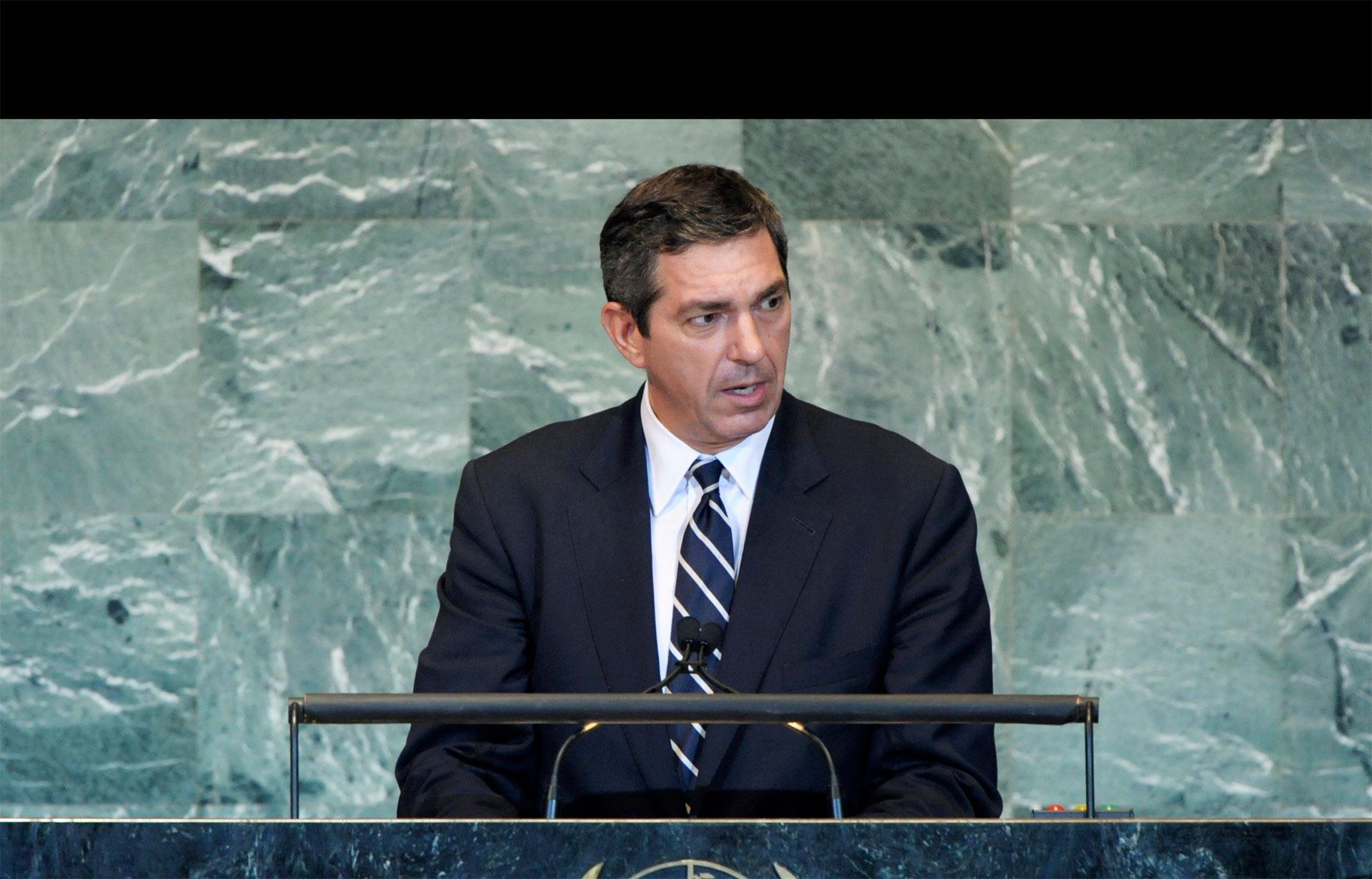 Delegaciones de ambos frentes se reunieron en la isla, informó el Ministerio de Relaciones Exteriores