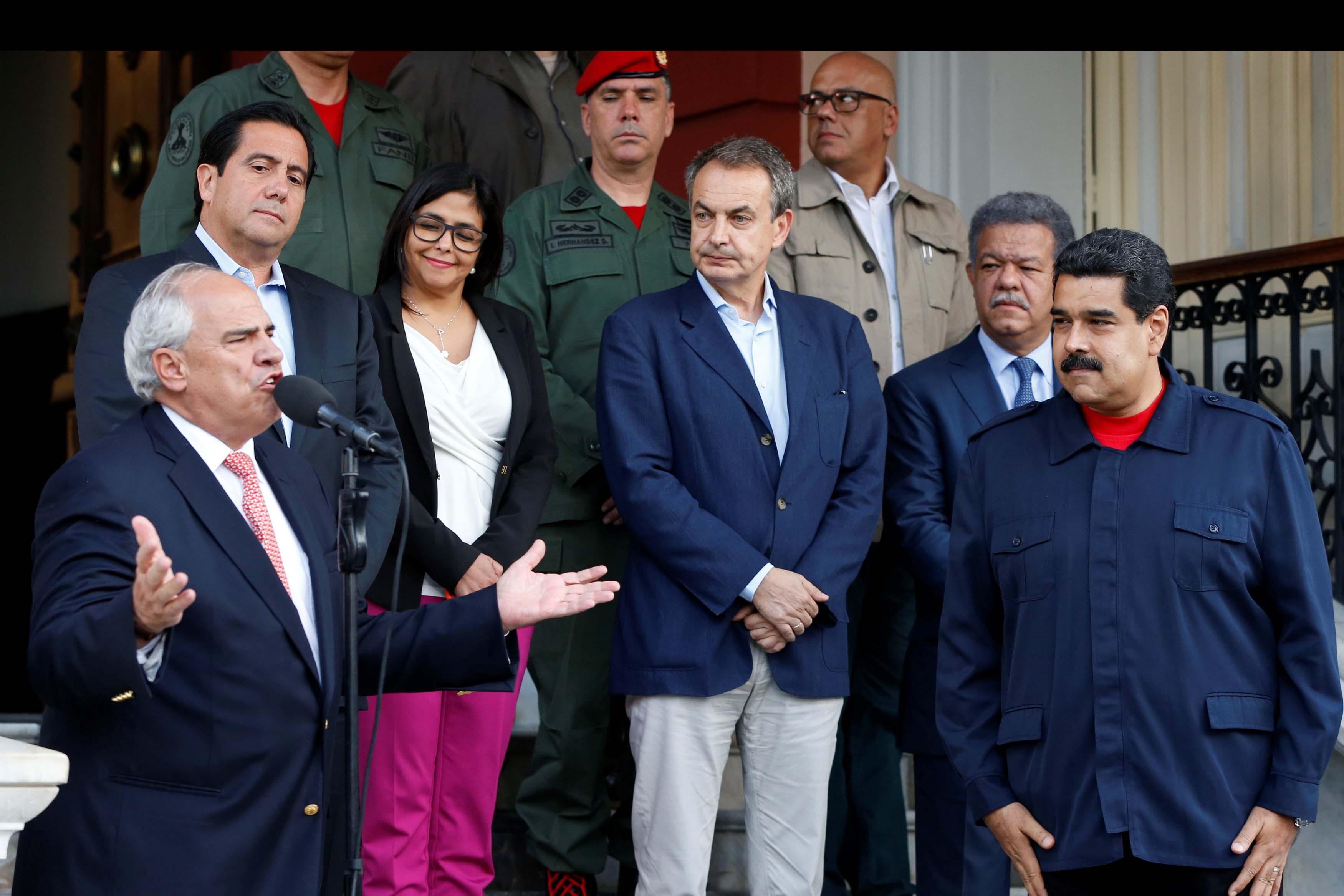 Ernesto Samper, anunció que el gobierno venezolano y la oposición aceptaron la presencia de la Santa Sede durante las conversaciones