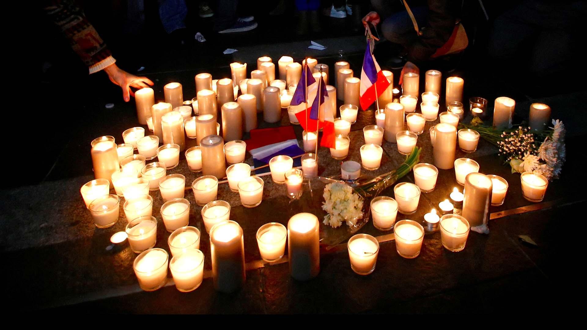 Durante dos años al menos diez atentados y ataques de grupos extremistas han enlutado a la comunidad francesa