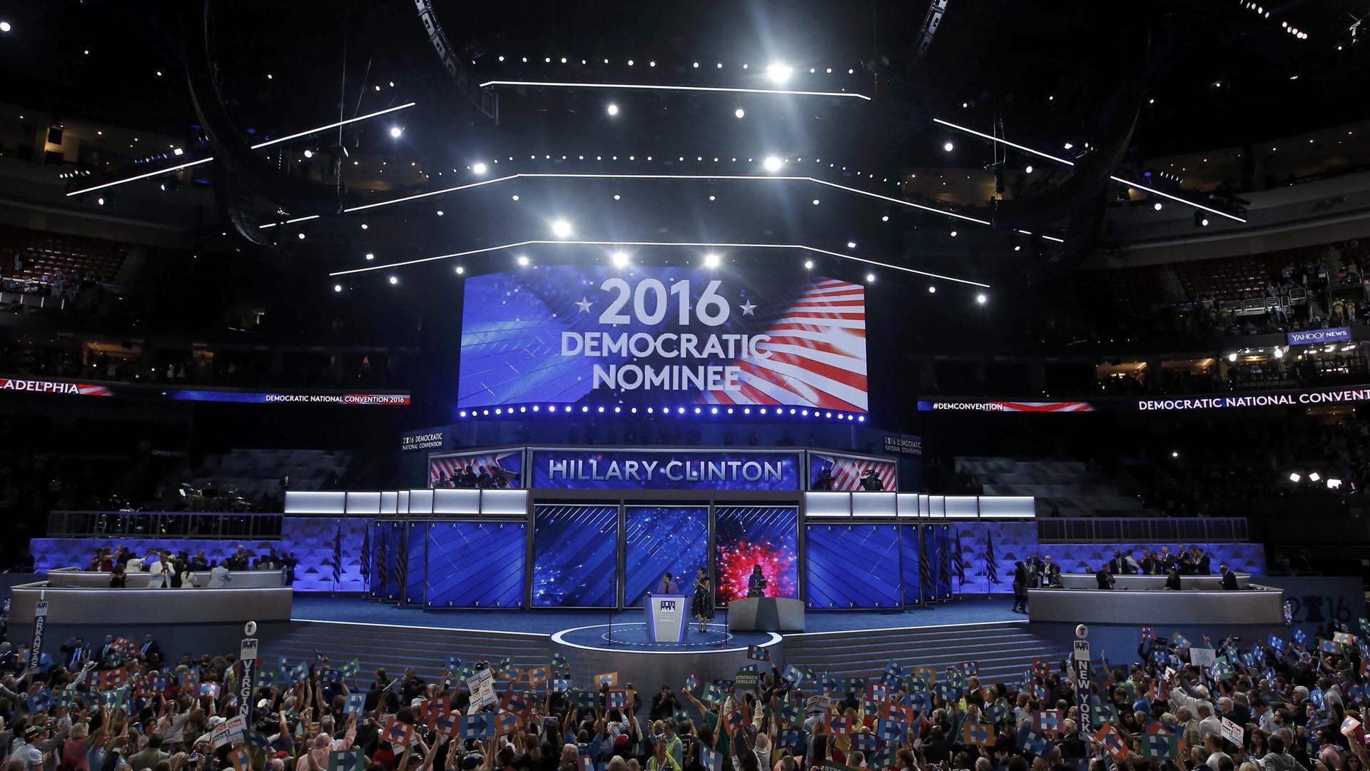 Oficialmente la ex primera dama representará a los demócratas en las elecciones donde se escogerá al sustituto de Obama
