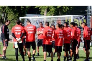 Los jugadores chilenos agrupados en el Sifup exigen más puestos de ascenso y descenso junto con el pago de los sueldos adeudados