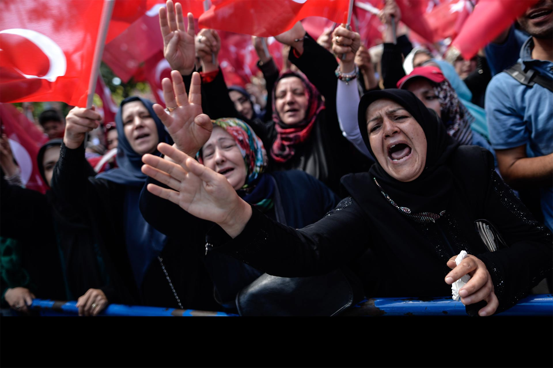 Aumenta cifra de fallecidos en Turquía