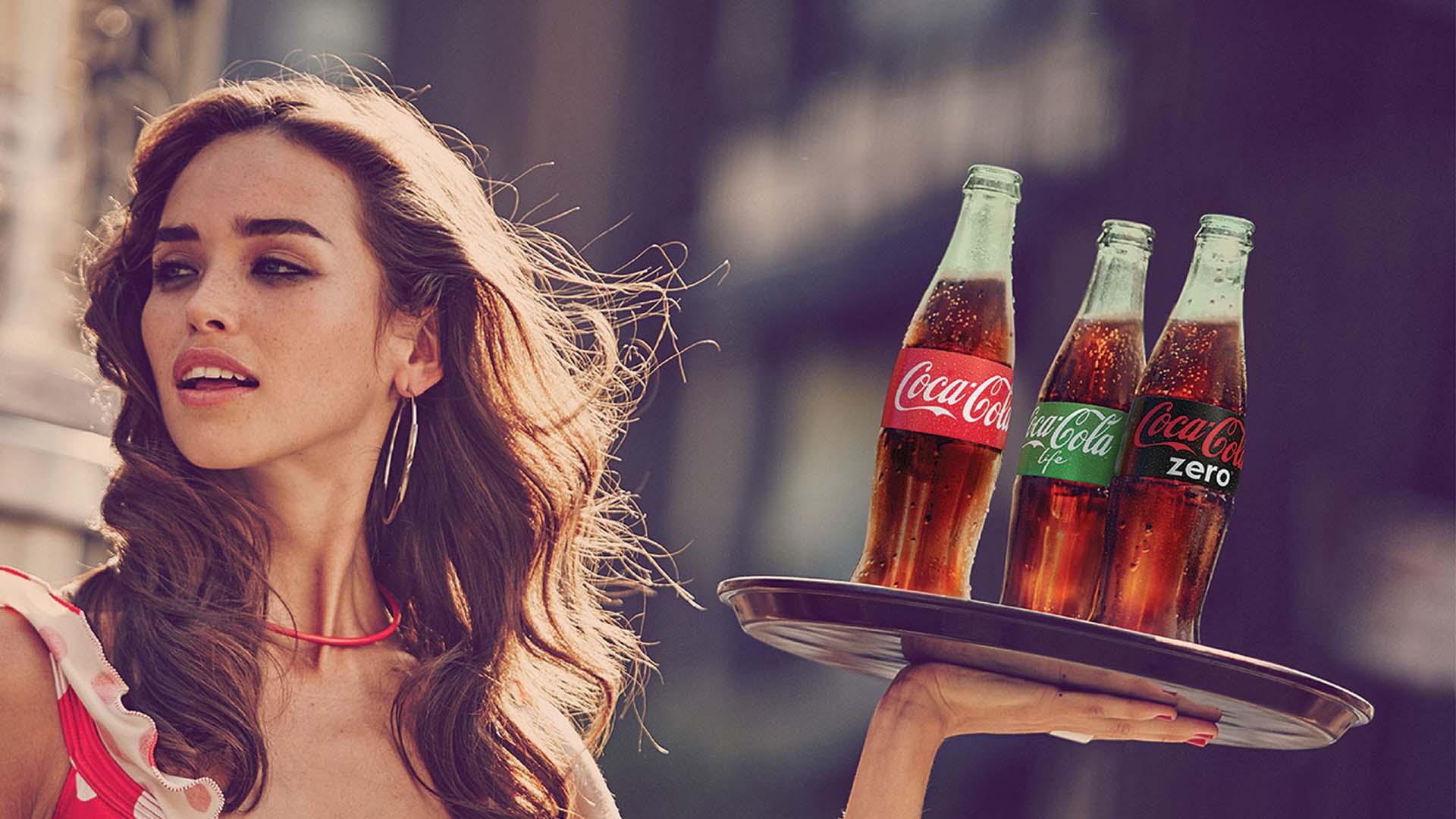 La marca celebró su presencia en el mercado introduciendo tres nuevas versiones de la bebida