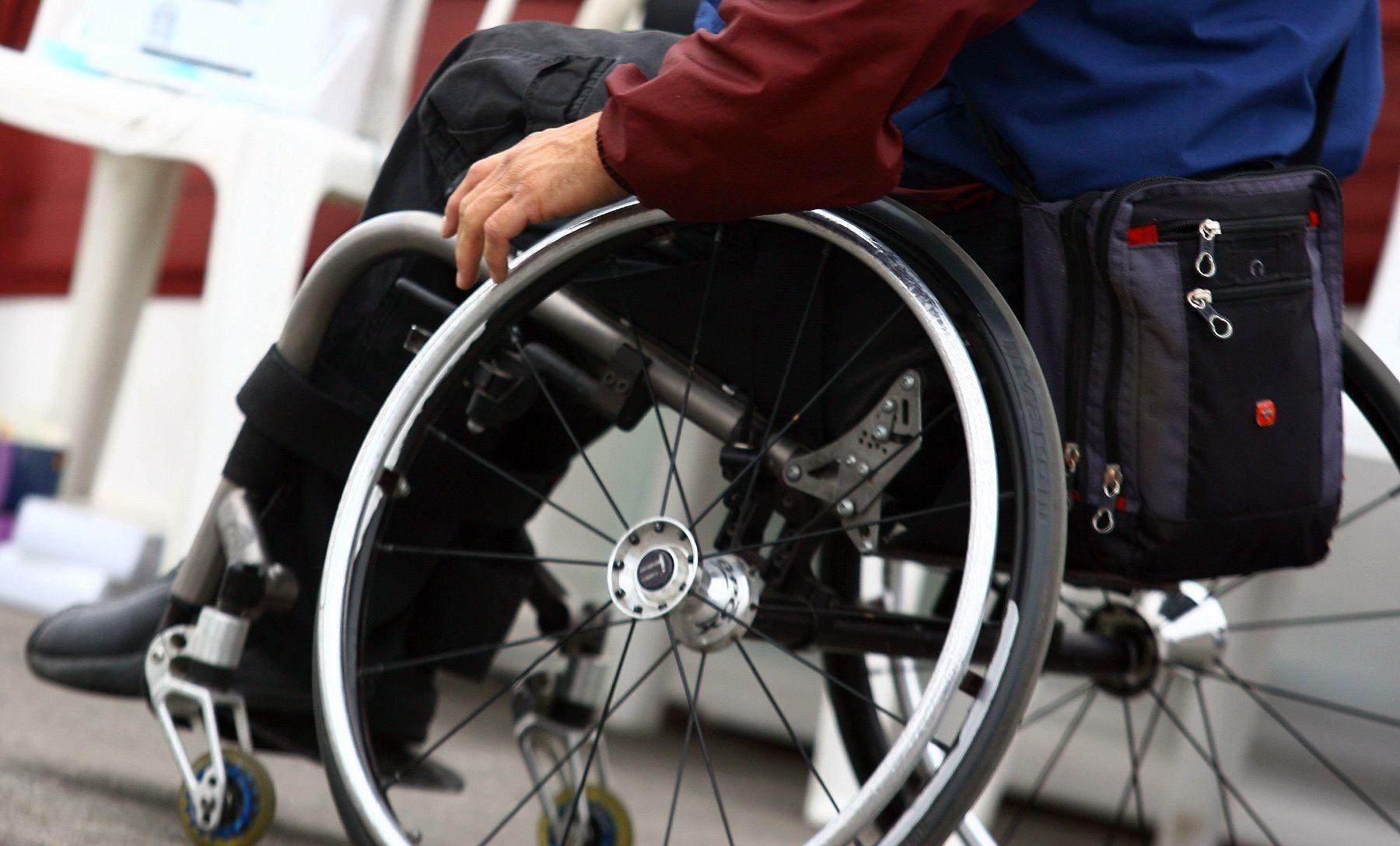 En un centro de discapacitados de Sagamihara un hombre acuchilló a varios internos, dejando hasta 45 heridos