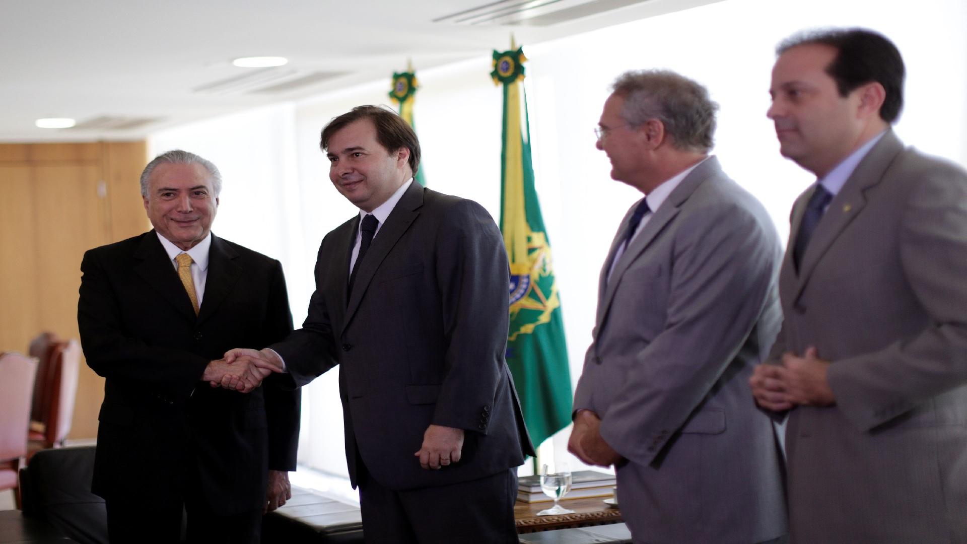 El militante del partido DEM, sustituirá a Eduardo Cunha y presidirá hasta febrero del 2017
