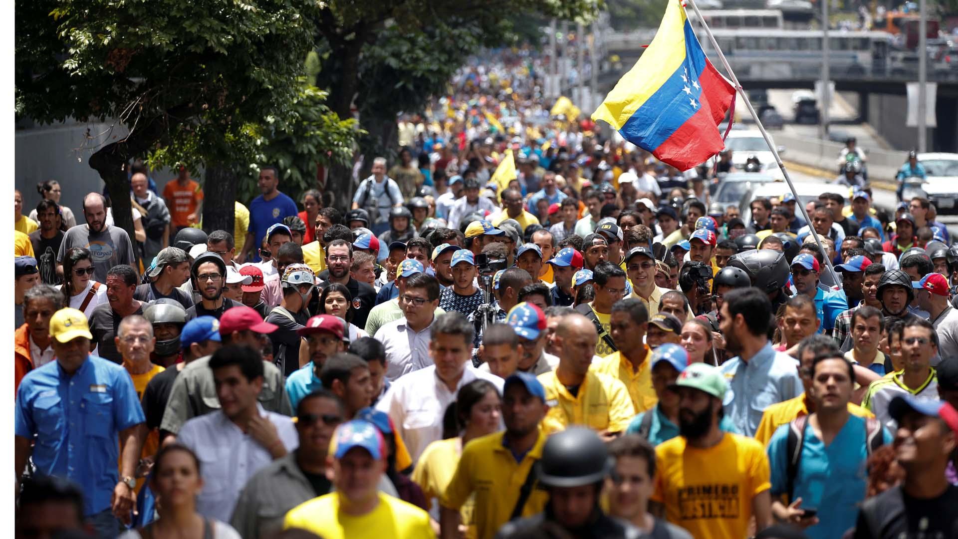 Luis Emilio Rondón ratificó la aprobación del 1% de las firmas y dio luz verde a la continuidad del proceso