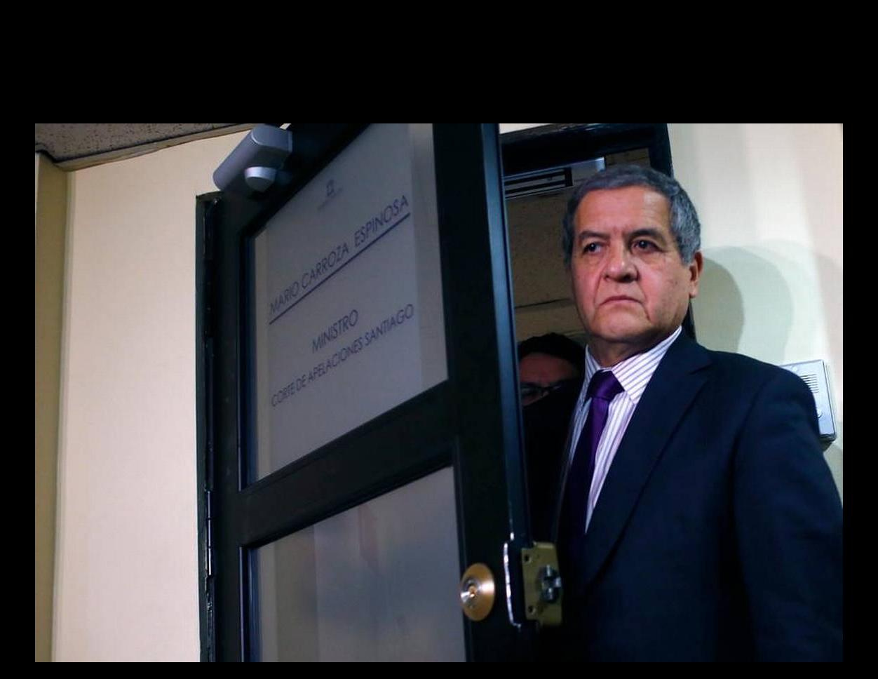 El capitán Armando Fernández Larios vive en EE.UU. y un juez chileno lo acusa de 15 homicidios
