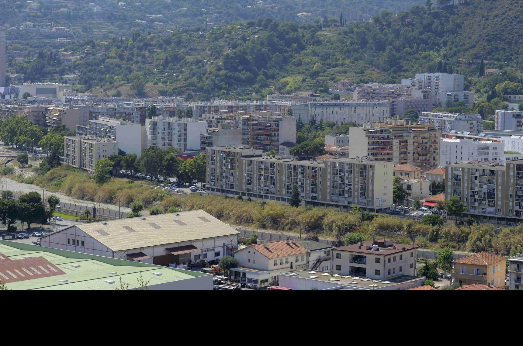 Heridos en Niza siguen en peligro