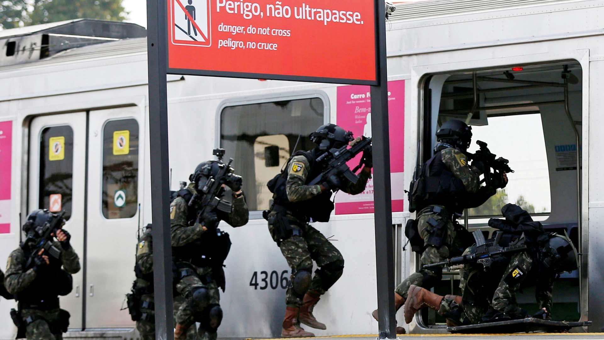 Aproximadamente 500 funcionarios participaron en el ejercicio donde se previo la explosión de una bomba entre otros aspectos