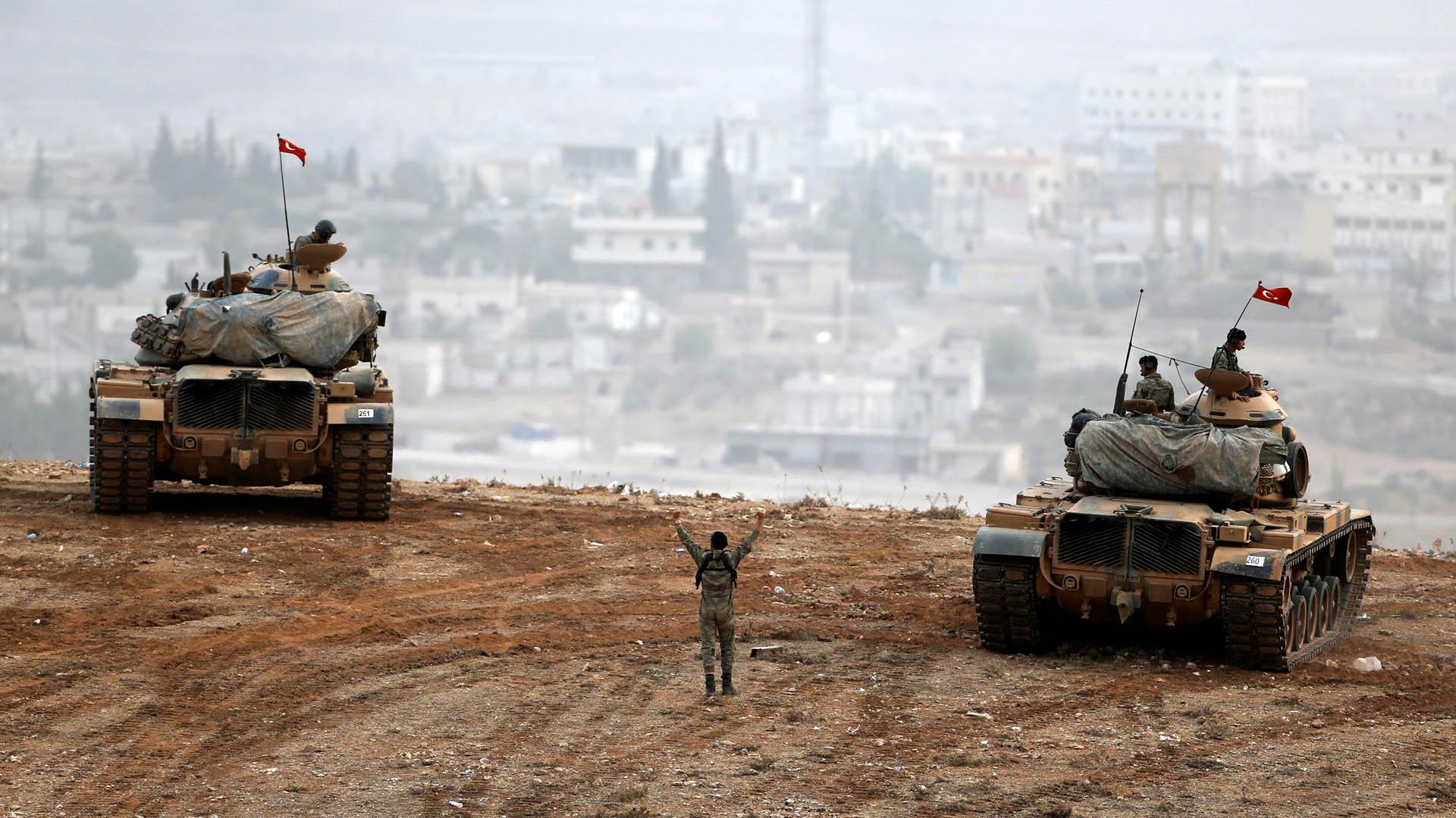 Miles de soldados vinculados en intento de golpe
