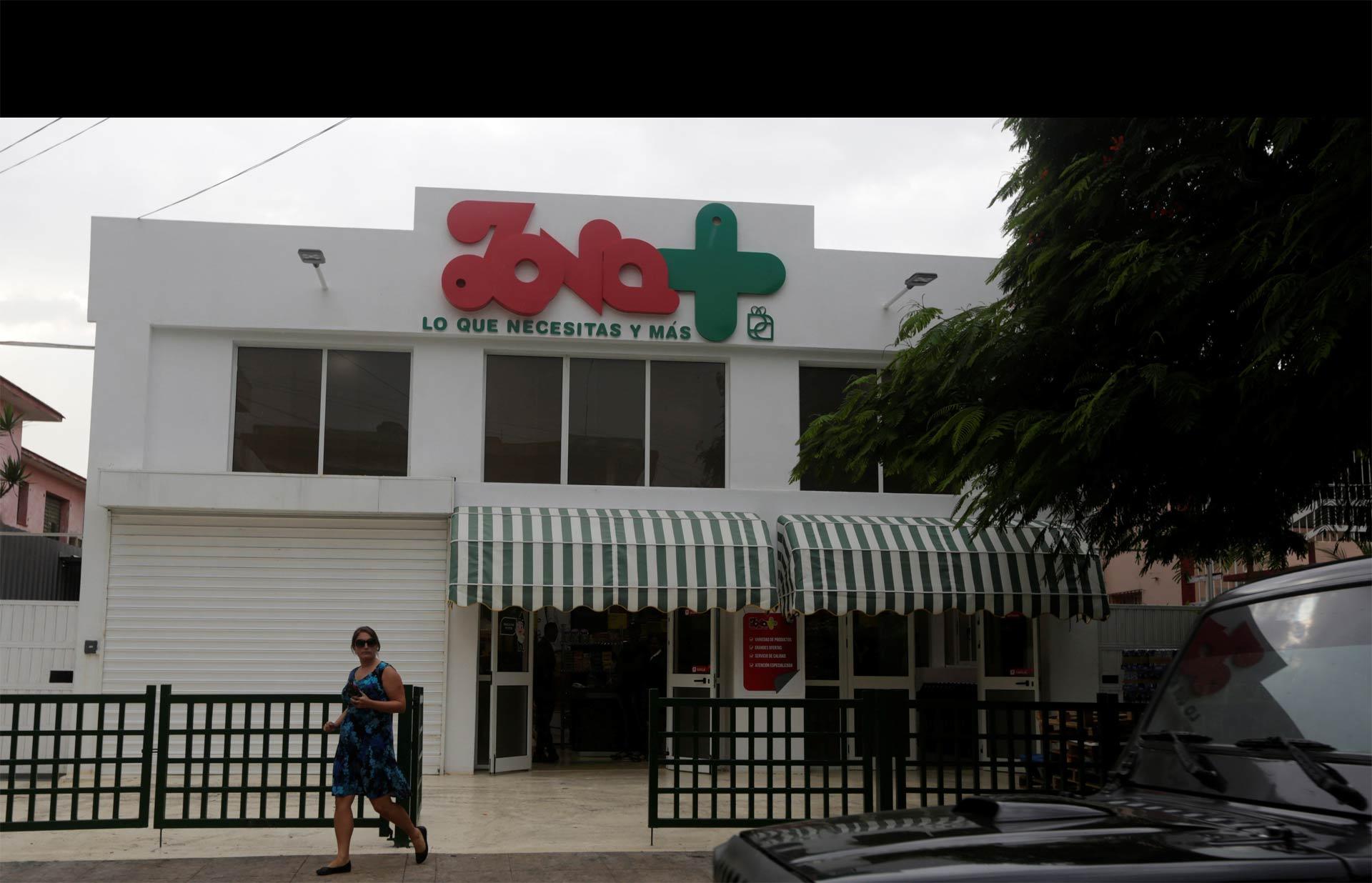 Zona + es el primer establecimiento en la isla que permite comprar grandes cantidades de productos