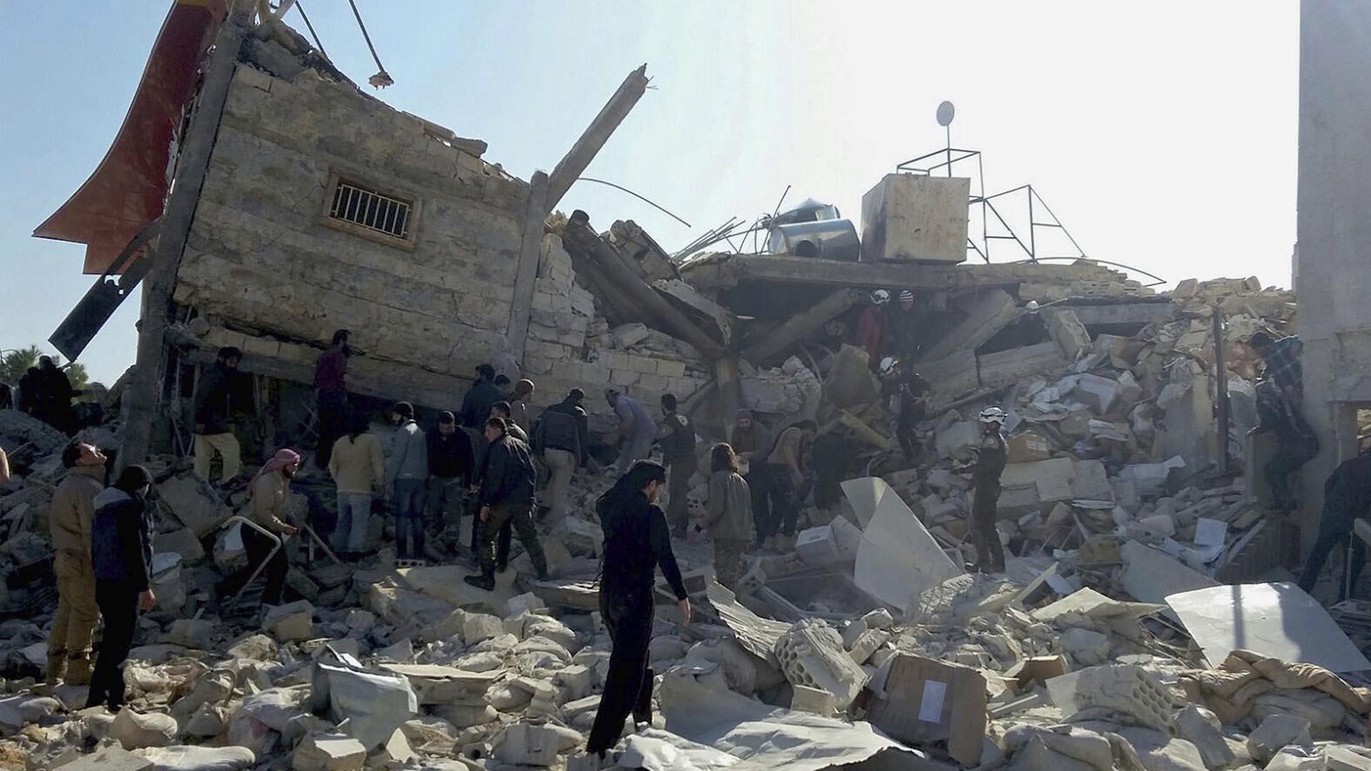 Una coalición, presuntamente ligada con Estados Unidos realizó un ataque aéreo contra una localidad de Siria