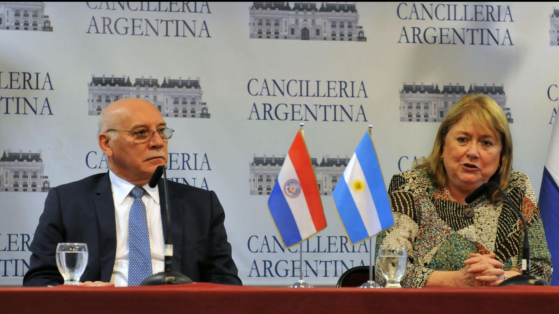 Miembros del mercado, exceptuando a Uruguay, coinciden en que Venezuela no puede asumir el cargo por irrespetar los DD.HH.