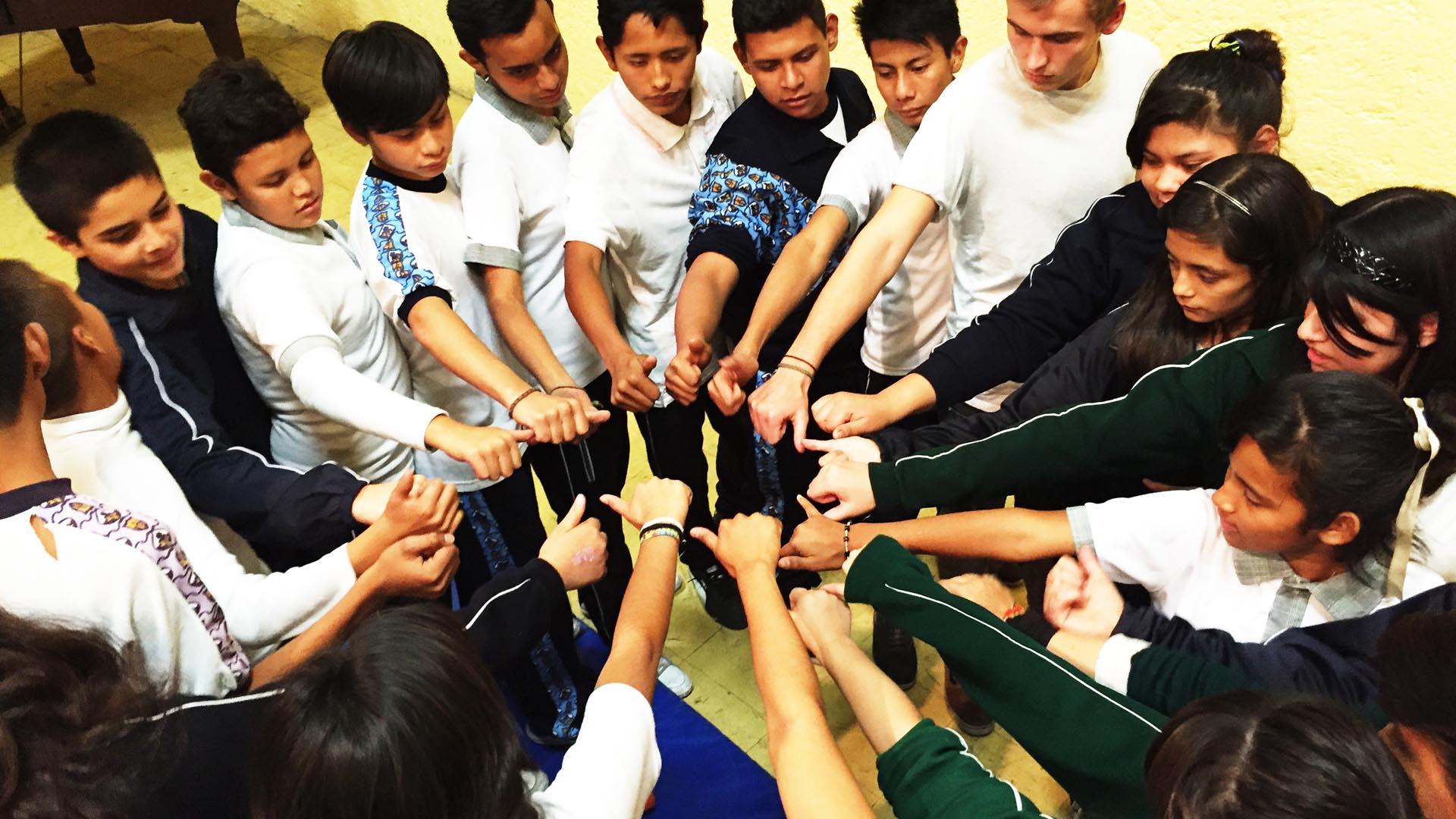 """Bajo el programa """"Ángel de la Guardia"""" los más pequeños recibirán clases de cómo actuar ante terremotos, tsunamis, incendios y demás"""