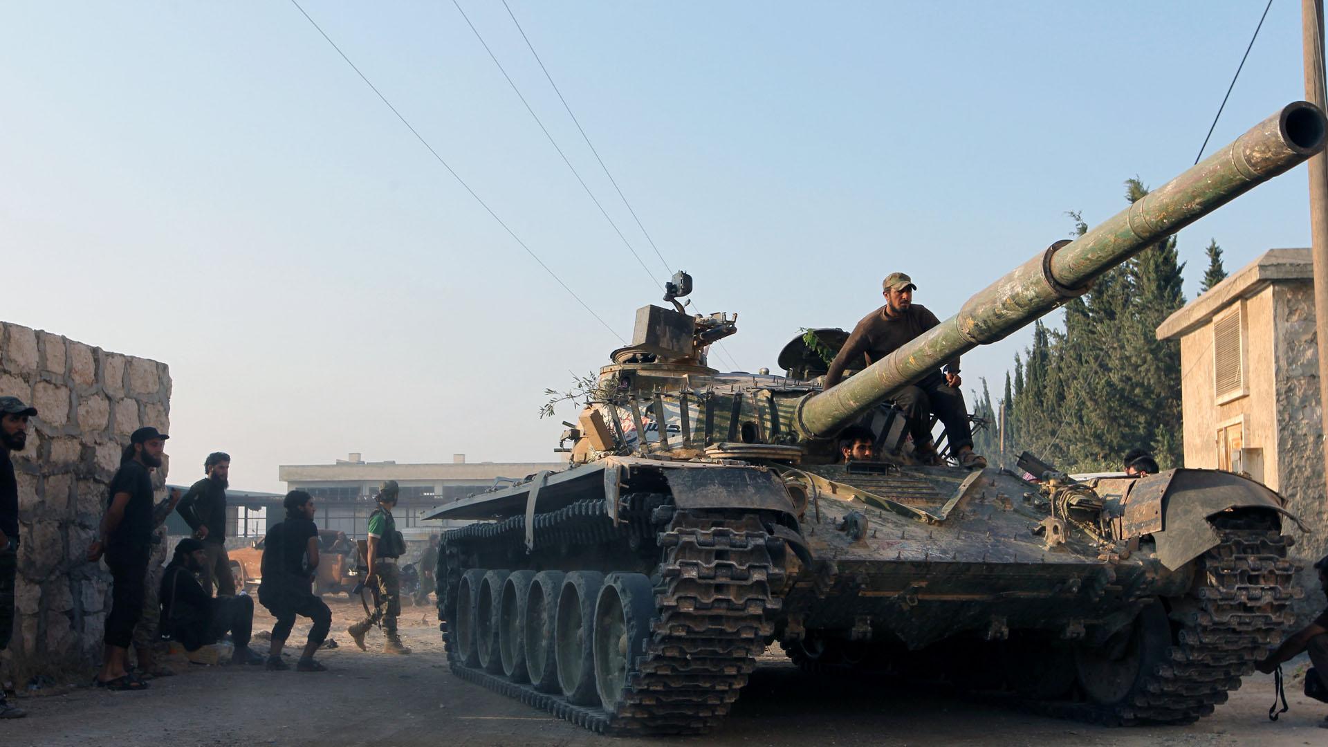 La milicia que apoya al Gobierno de Bashar al Assad enviaron refuerzos a la ciudad de Alepo