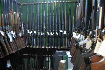 Bolivia investiga robo de armas en la frontera con Brasil