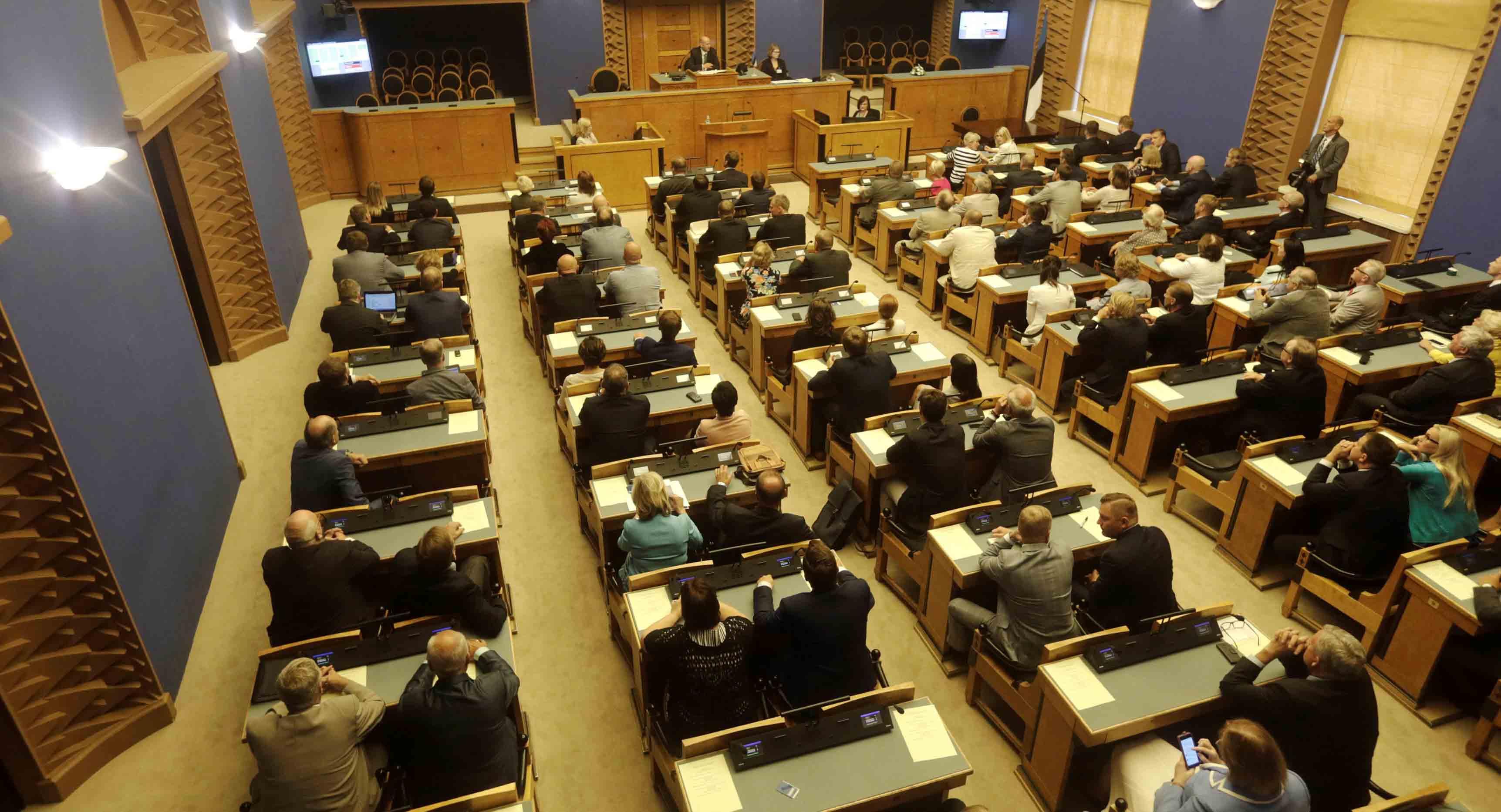 El candidato con más posibilidades de salir elegido es el ex comisario europeo Siim Kallas, postulado por el Partido Reformista