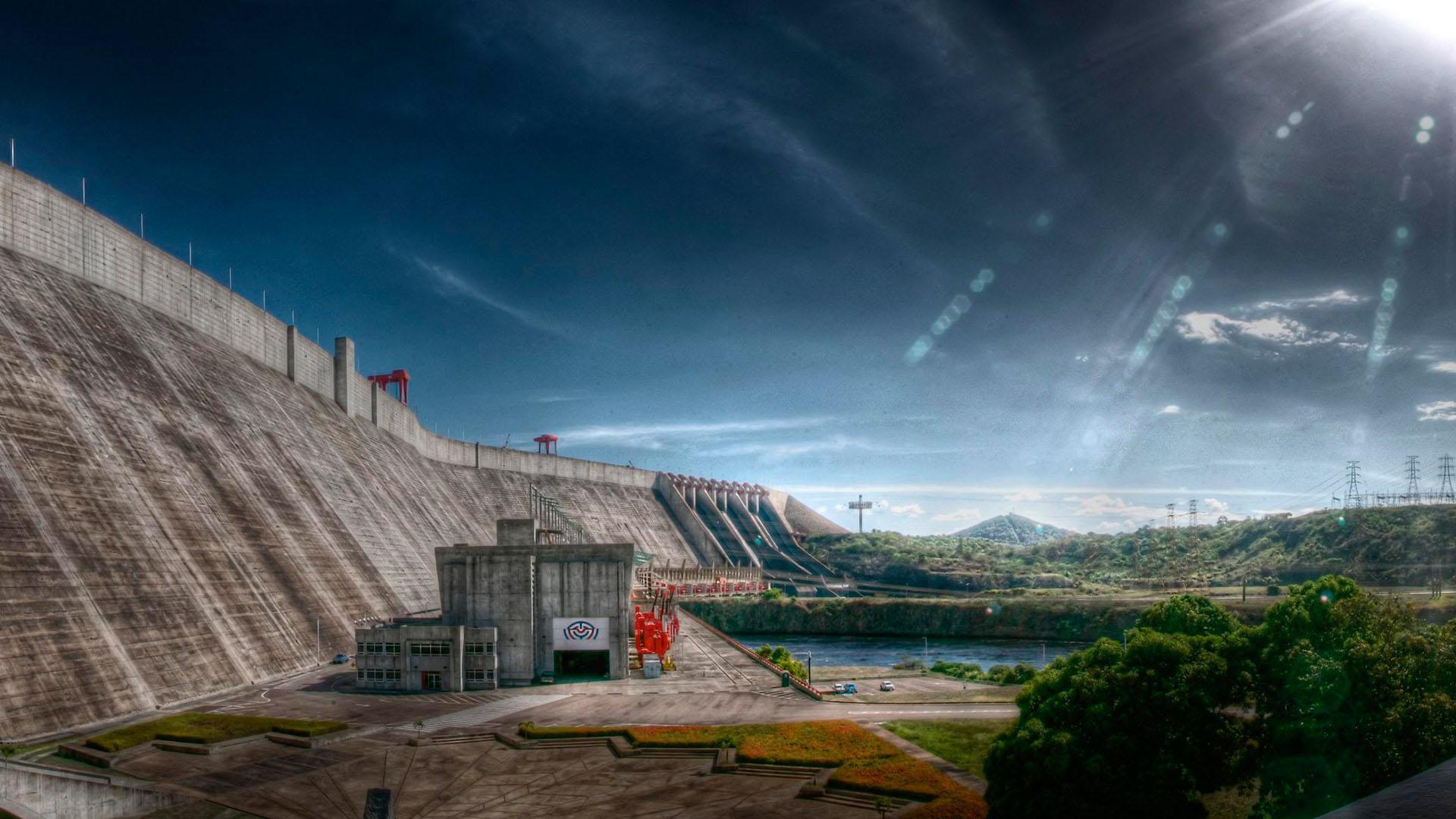 Los fuertes racionamientos eléctricos se repetirán en el 2017 a causa de la sobreexplotación de las plantas