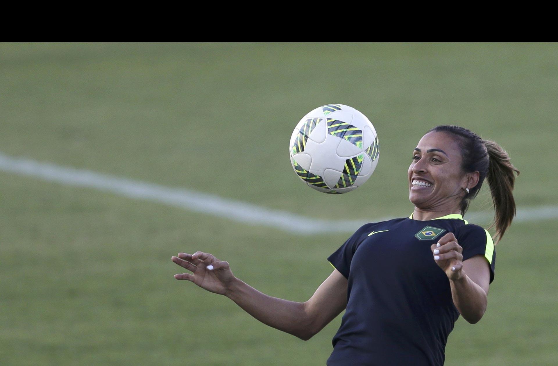 Marta vende más que Neymar