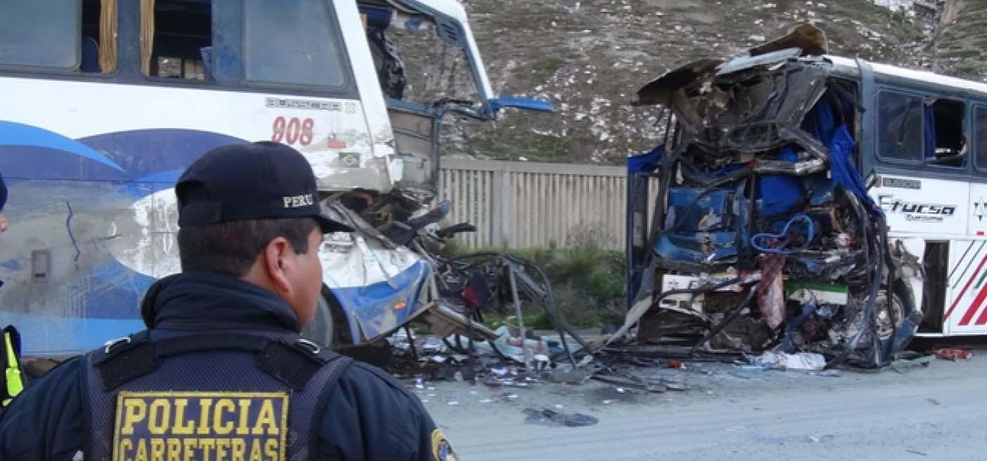 Al menos 17 muertos y 30 heridos se han registrado tras el accidente en una de las carretearas de la provinvia de Nazca