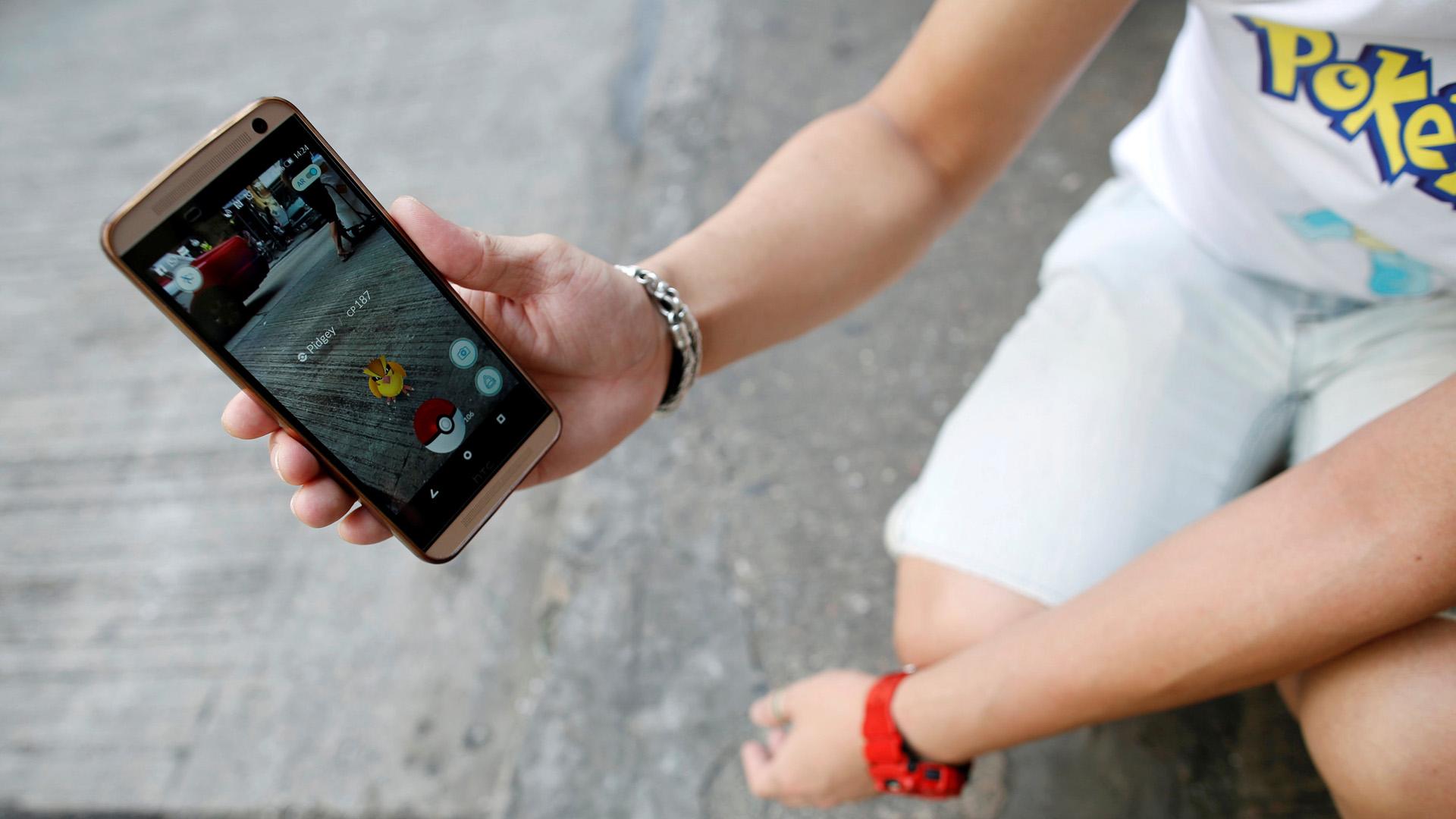 Las autoridades de Irán y Malasia prohibieron a sus habitantes vincularse al juego virtual ya que lo consideran peligroso para la sociedad