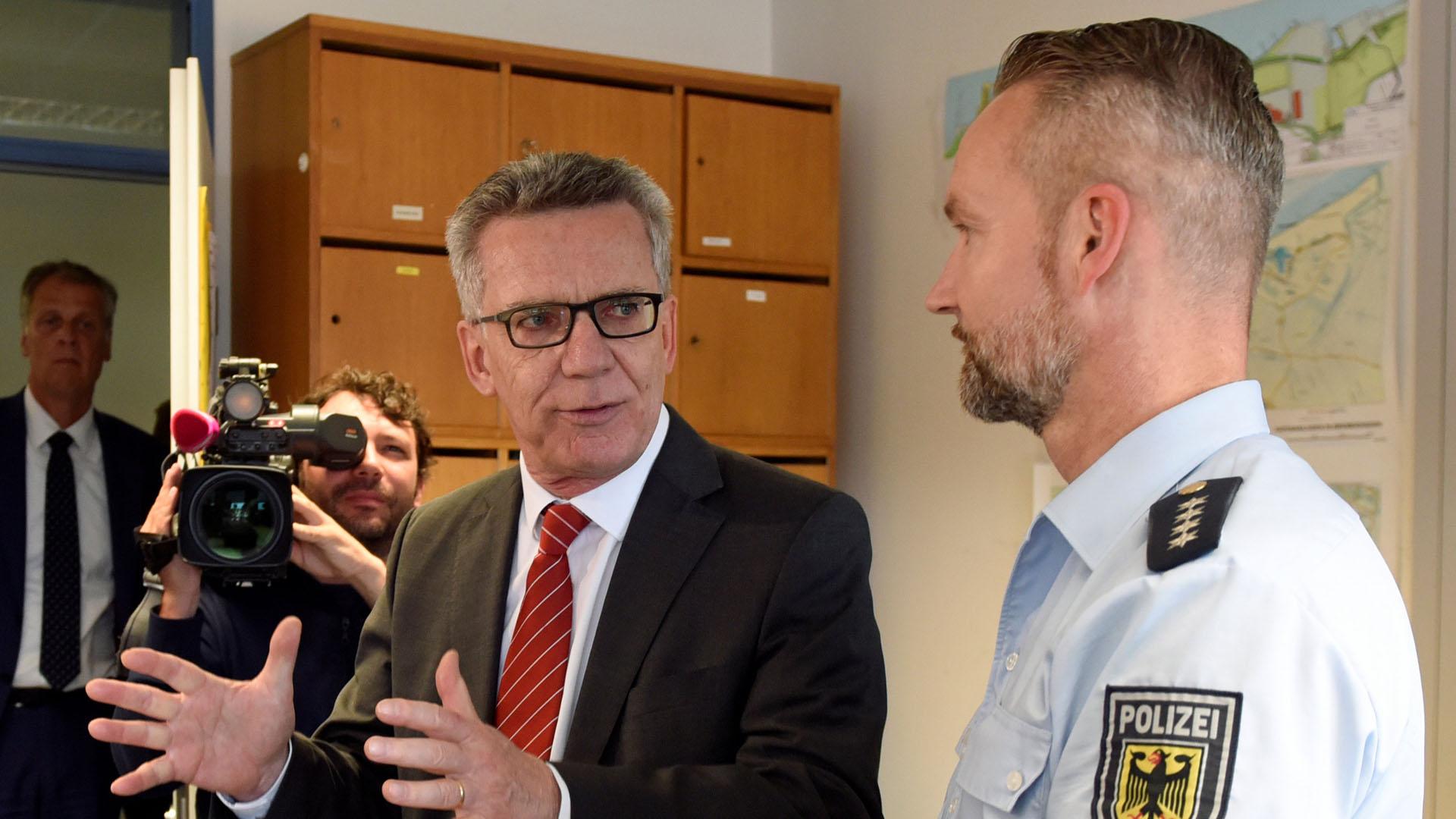 El ministro de Interior, Thomas de Maizière, firmarán un reclamo que solicita mayor vigilancia en los sitios públicos y mayor número de deportaciones