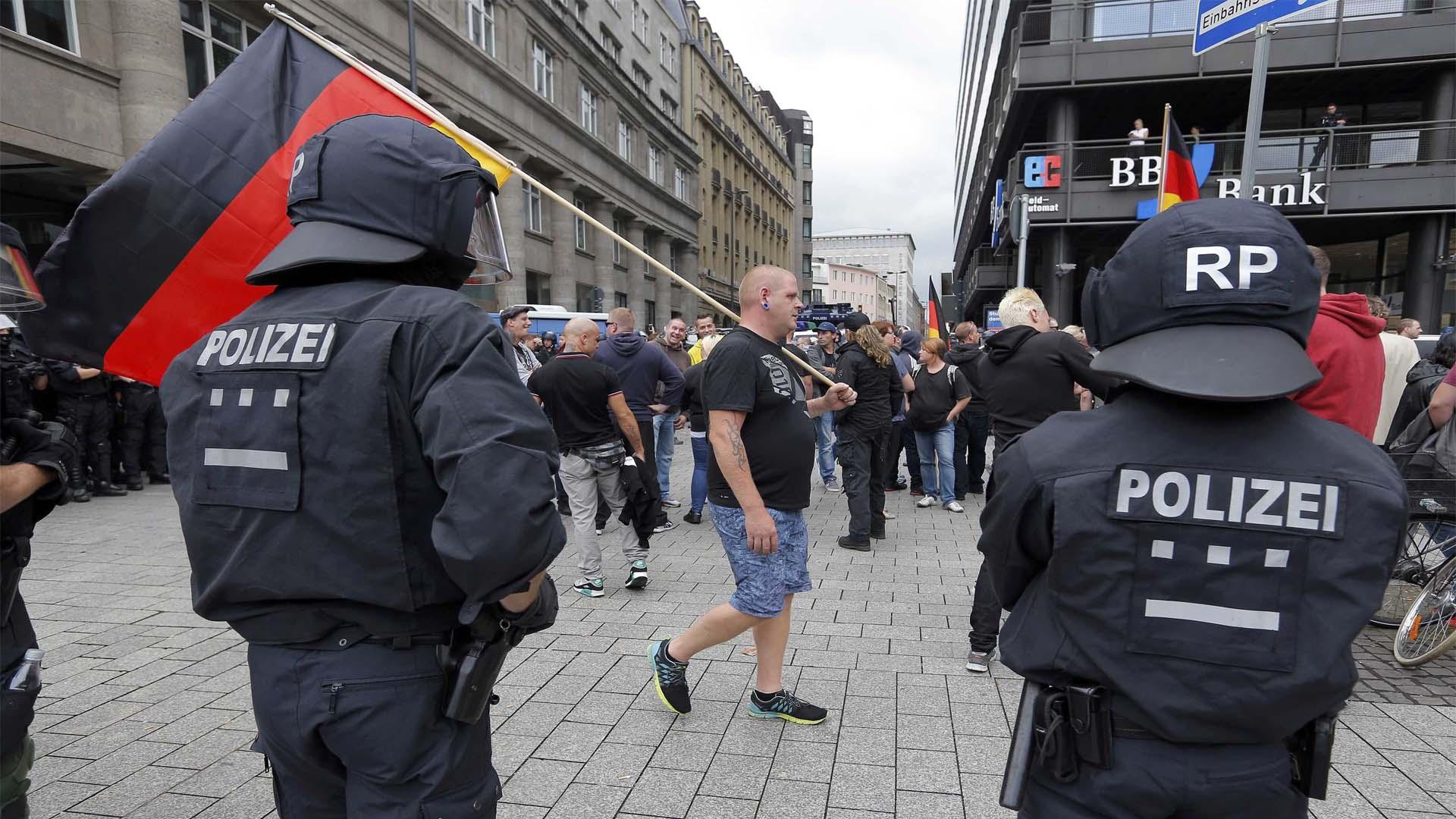 El Gobierno trabajará en el plan de seguridad que tienen desde 1995 en vista de los recientes ataque terroristas