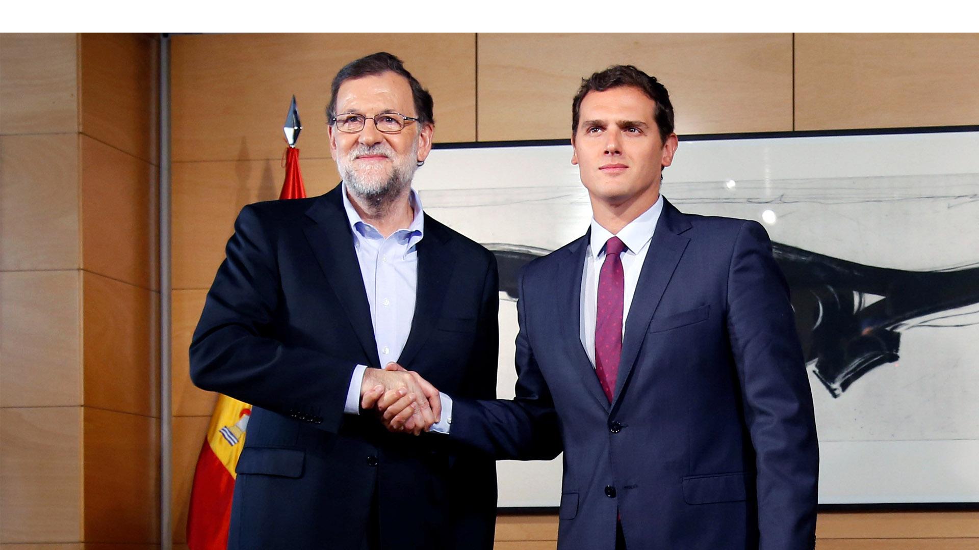 Ambos partidos llegaron a consensos para que el 30 de agosto se de la investidura en España