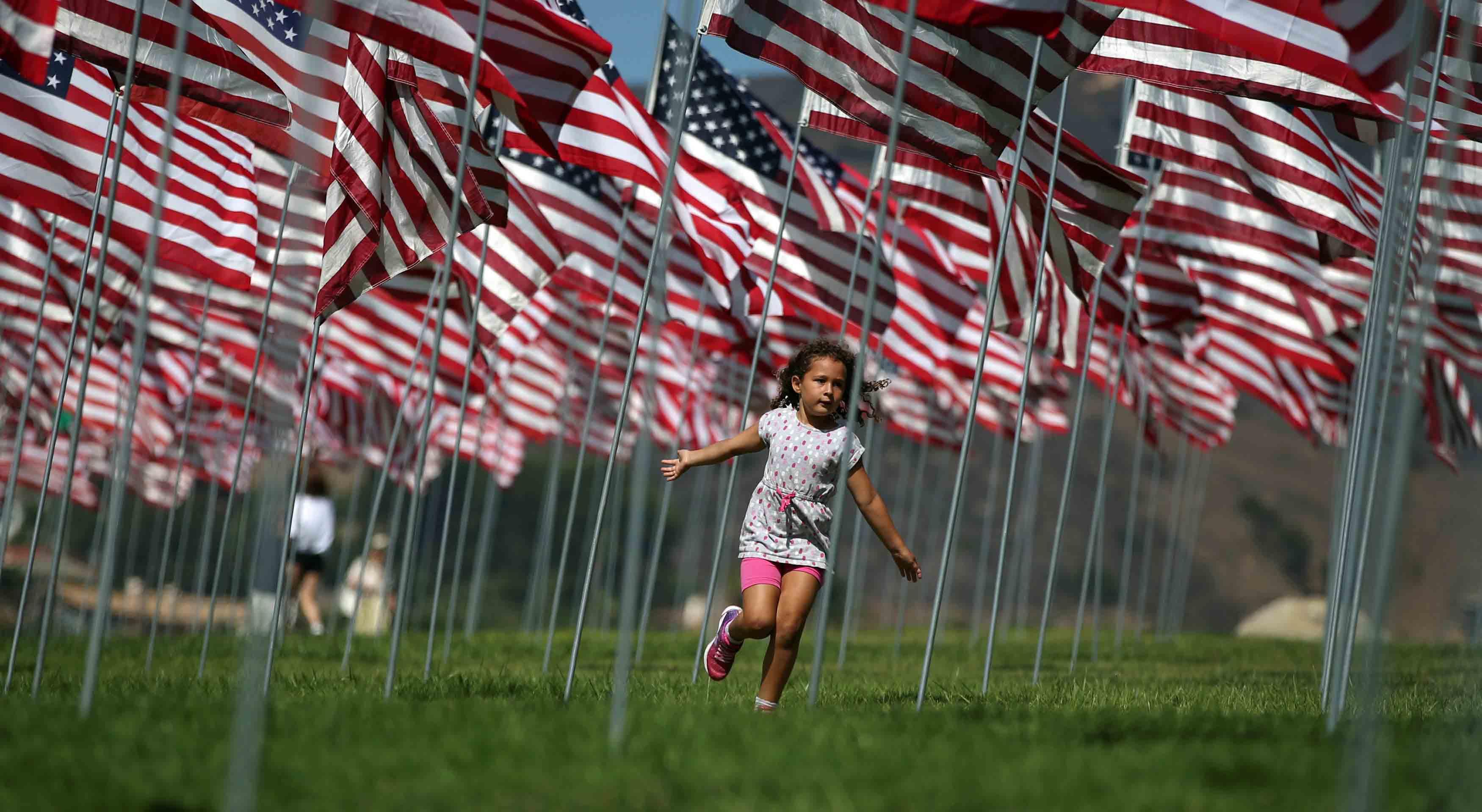 Los estadounidenses rinden homenaje a las casi tres mil personas que perdieron la vida en el atentado terrorista contra las Torres Gemelas