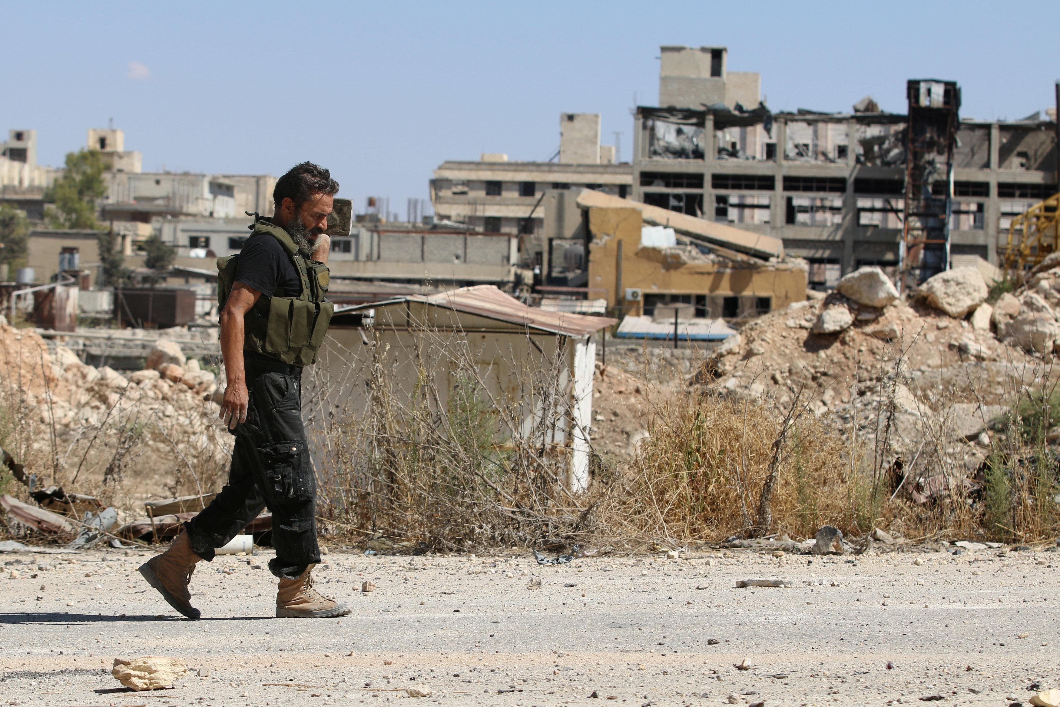 Tropas del Gobierno sirio ocuparon una de las vías principales de abastecimiento en la región tras sorpresivo bombardeo
