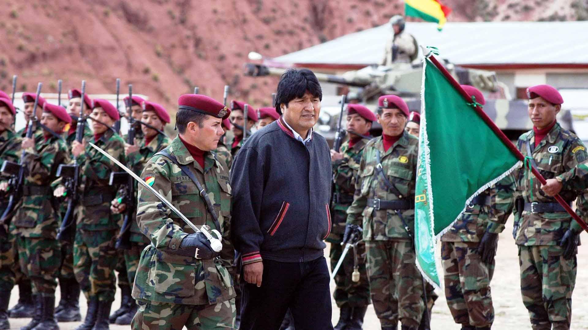 Ministros de Defensa de ambos países aseguraron una fluida cooperación técnico-militar a largo plazo