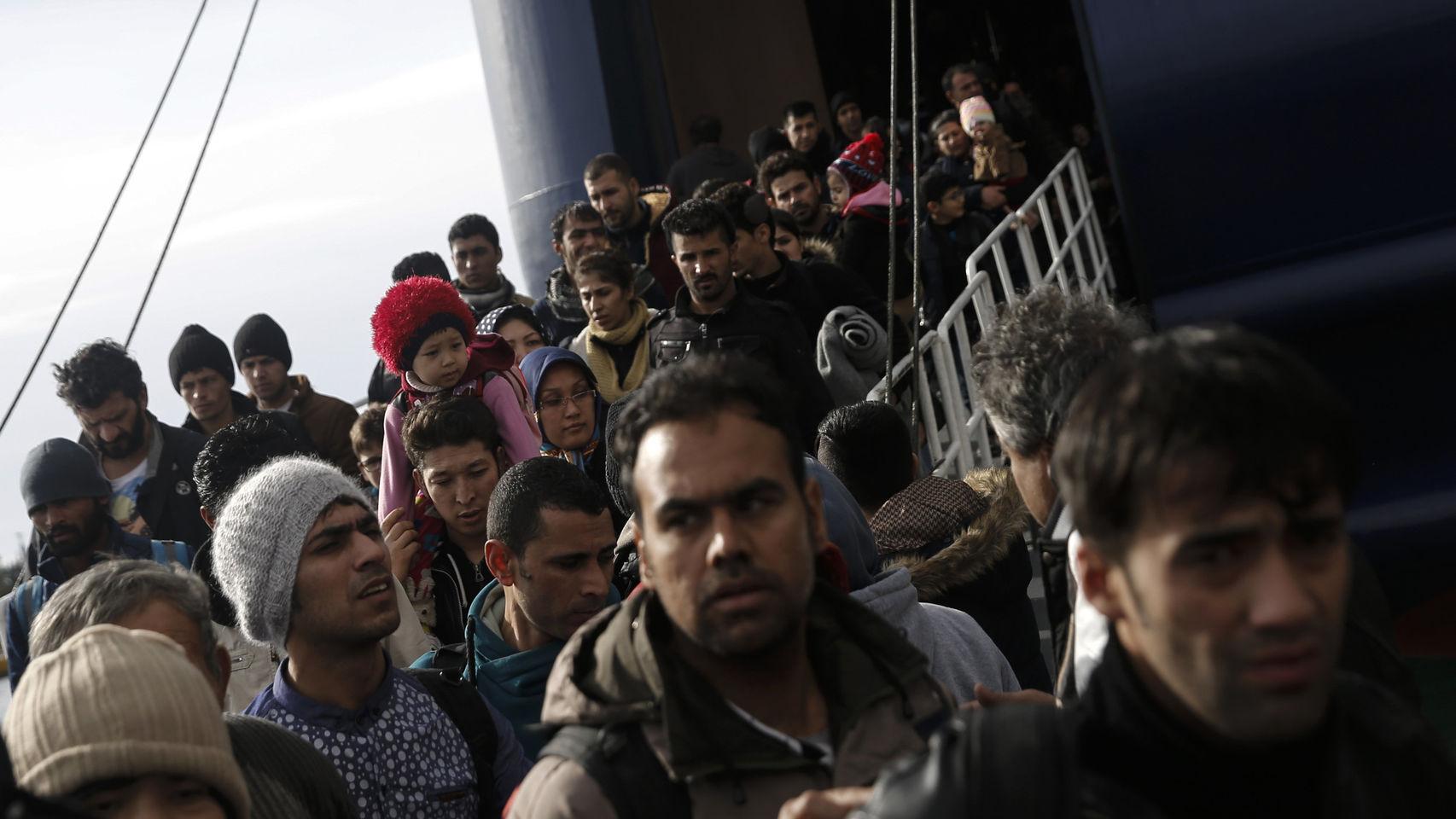 Al menos 200 representantes de distintas religiones enviaron una misiva a la primera ministra de Reino Unido para agilizar el proceso de concesión de asilo
