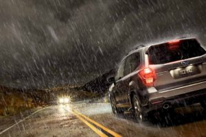 Las fuertes precipitaciones son uno de los factores que causa más accidentes viales