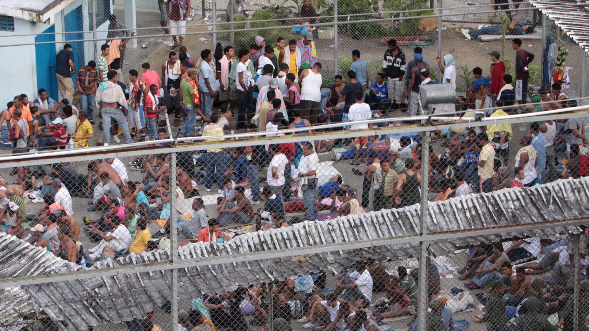 Los reclusos de la Penitenciaría General de Venezuela aseguraron que lanzarán granadas en hospitales y escuelas si la GNB invade el recinto