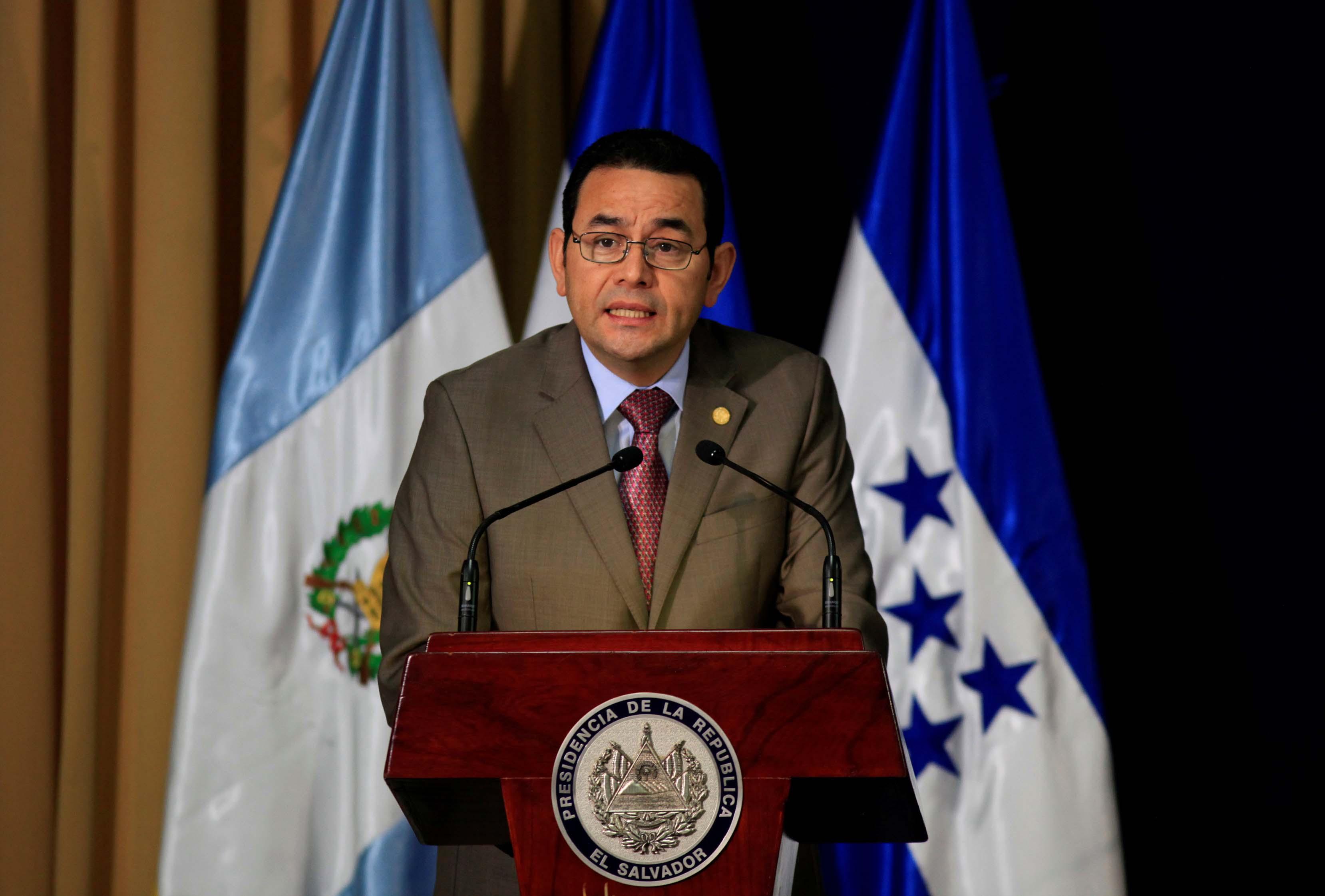 Un hijo y un hermano del presidente de Guatemala están bajo investigación por presunto caso de corrupción