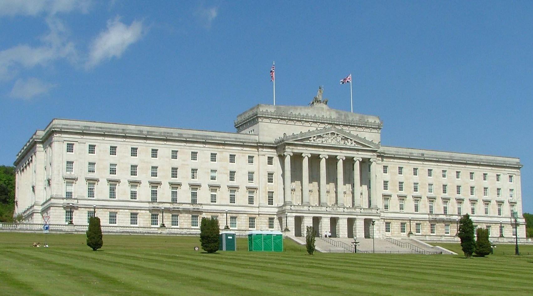 La sanción fue acreditada por la Comisión Europea por el acuerdo fiscal suscrito entre Dublín y el gigante tecnológico