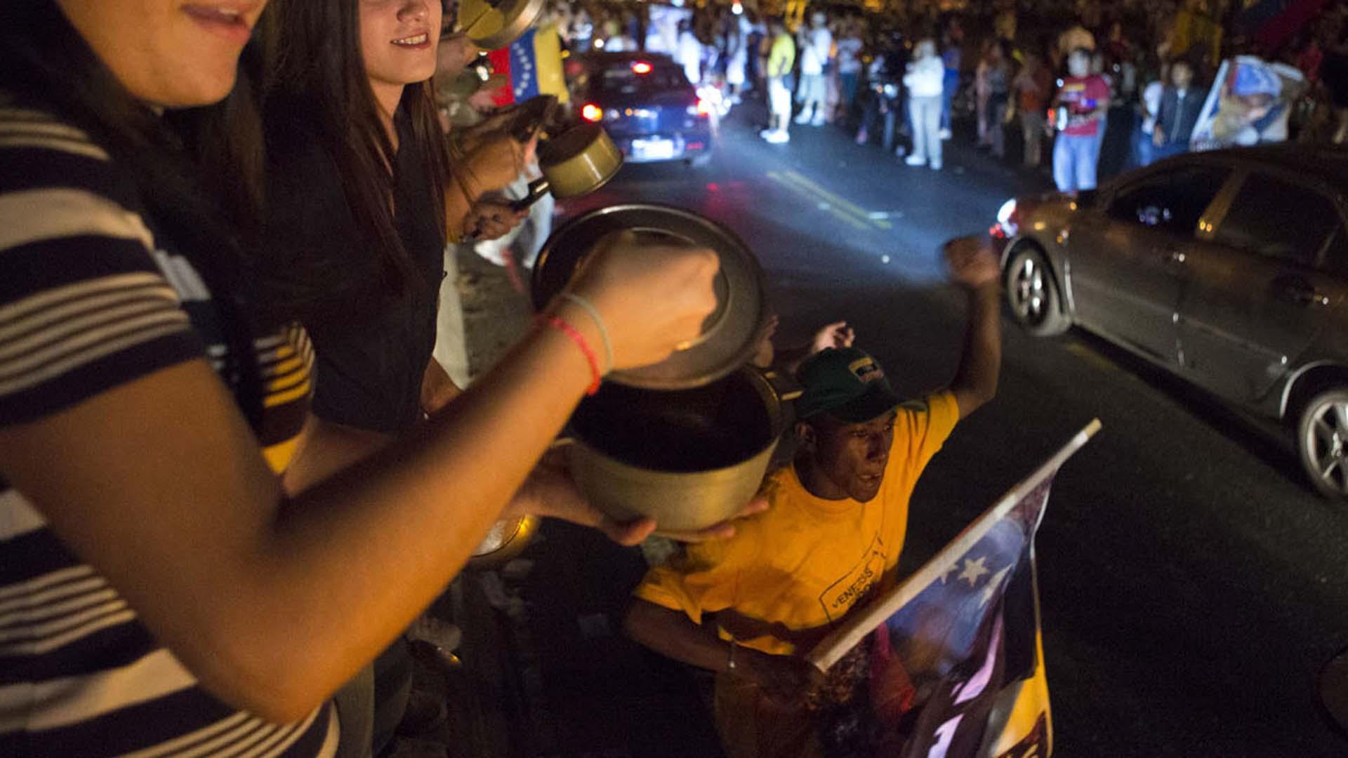 Foro Penal Venezolano asegura que el SEBIN detuvo a al menos 30 manifestantes