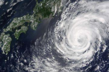 El servicio meteorológico aseguró que podría debilitarse y convertirse en un ciclón