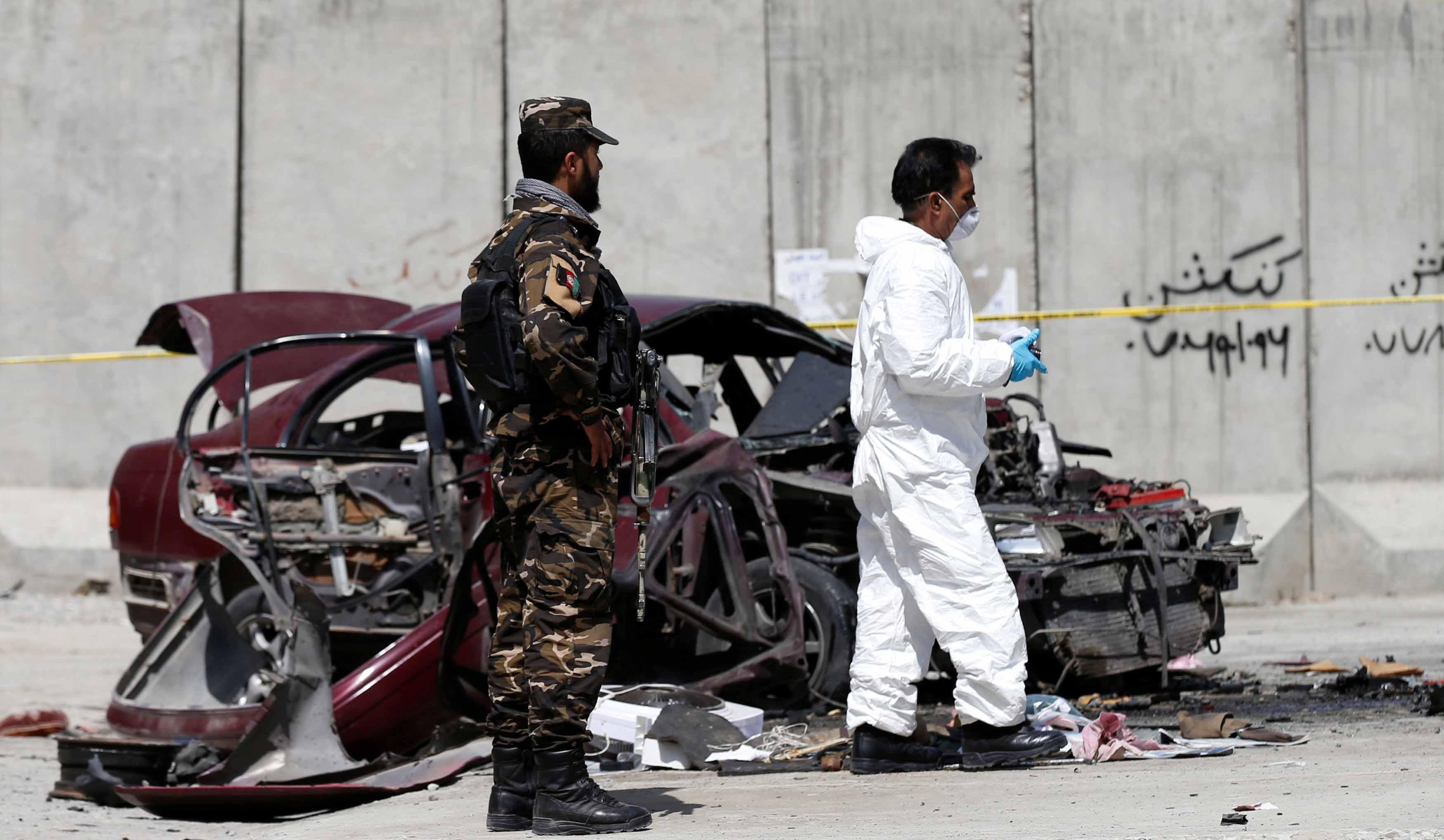 El ataque se produjo en la provincia oriental de Van del país, causado por un coche bomba que estalló frente a la oficina provincial del partido gubernamental