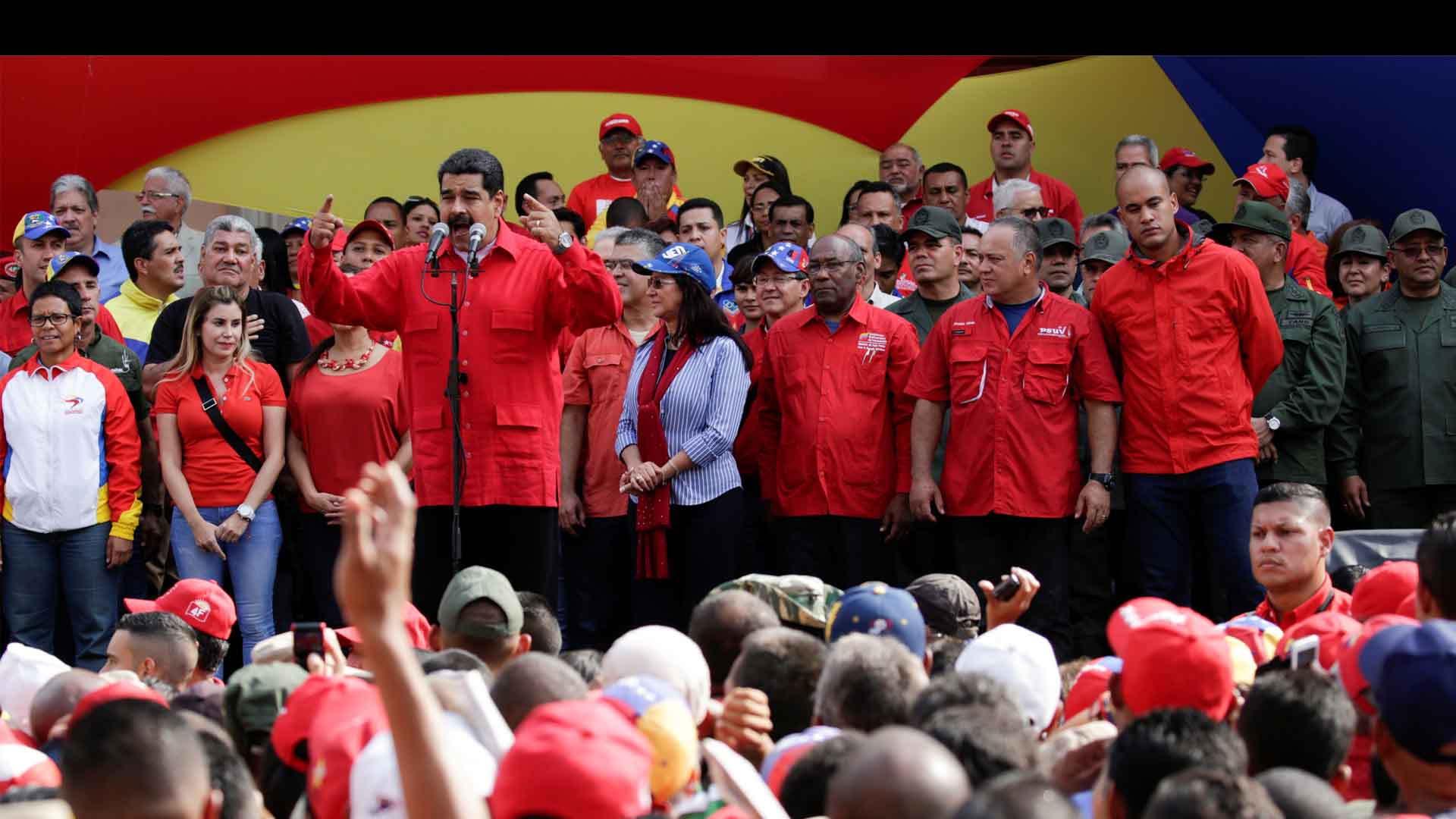 El presidente Nicolás Maduro aseguró que participará en el diálogo desde las primeras reuniones