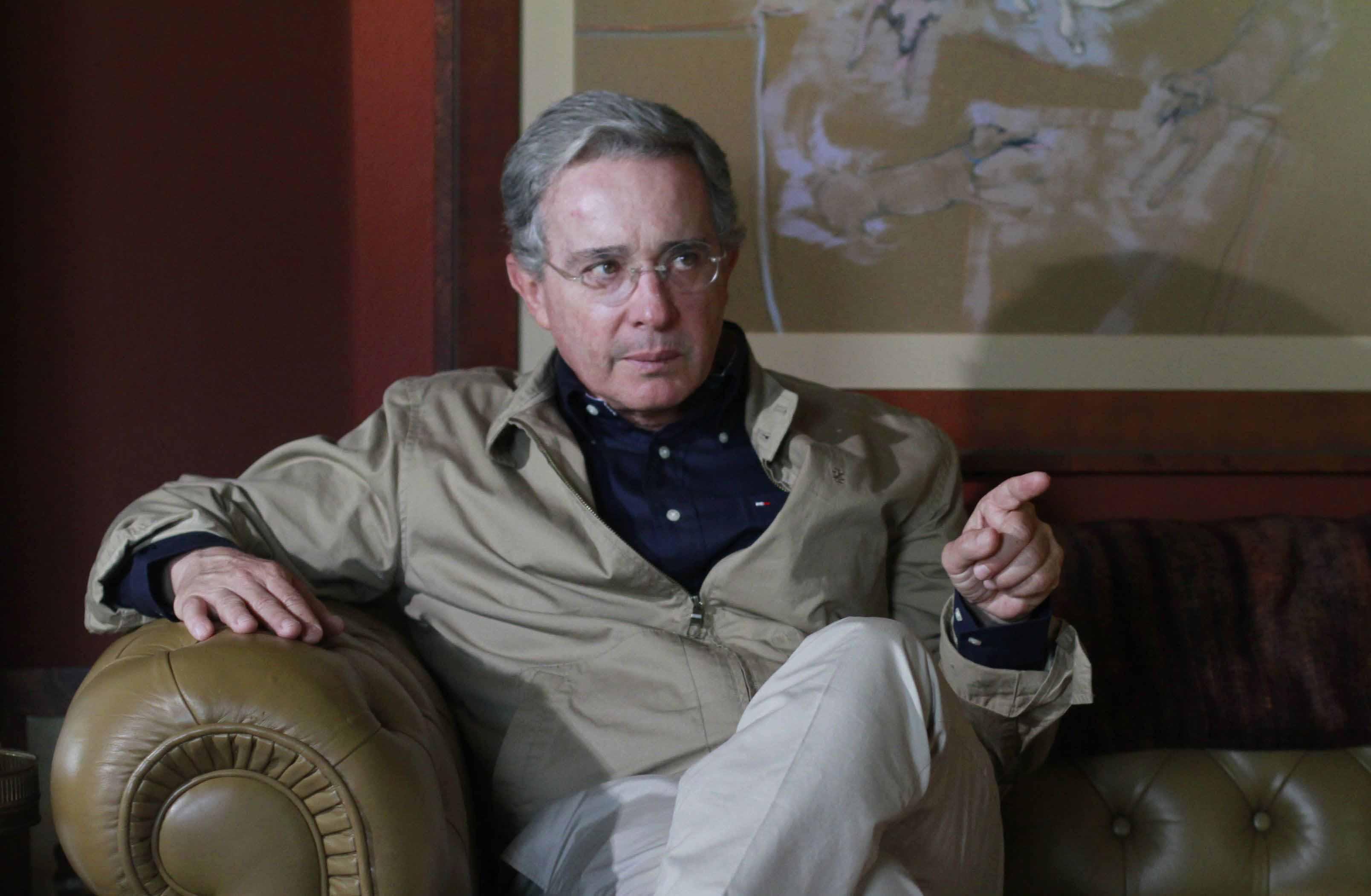 El grupo armado canceló el encuentro donde se discutirían las objeciones planteadas por la derecha radical liderada por Álvaro Uribe