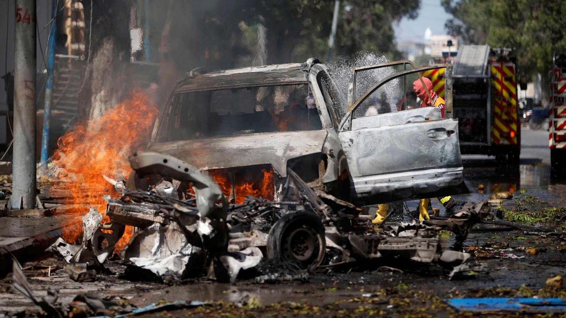 El ataque, por el cual siete personas también resultaron heridas, fue reivindicado por la milicia yihadista Al Shabaab