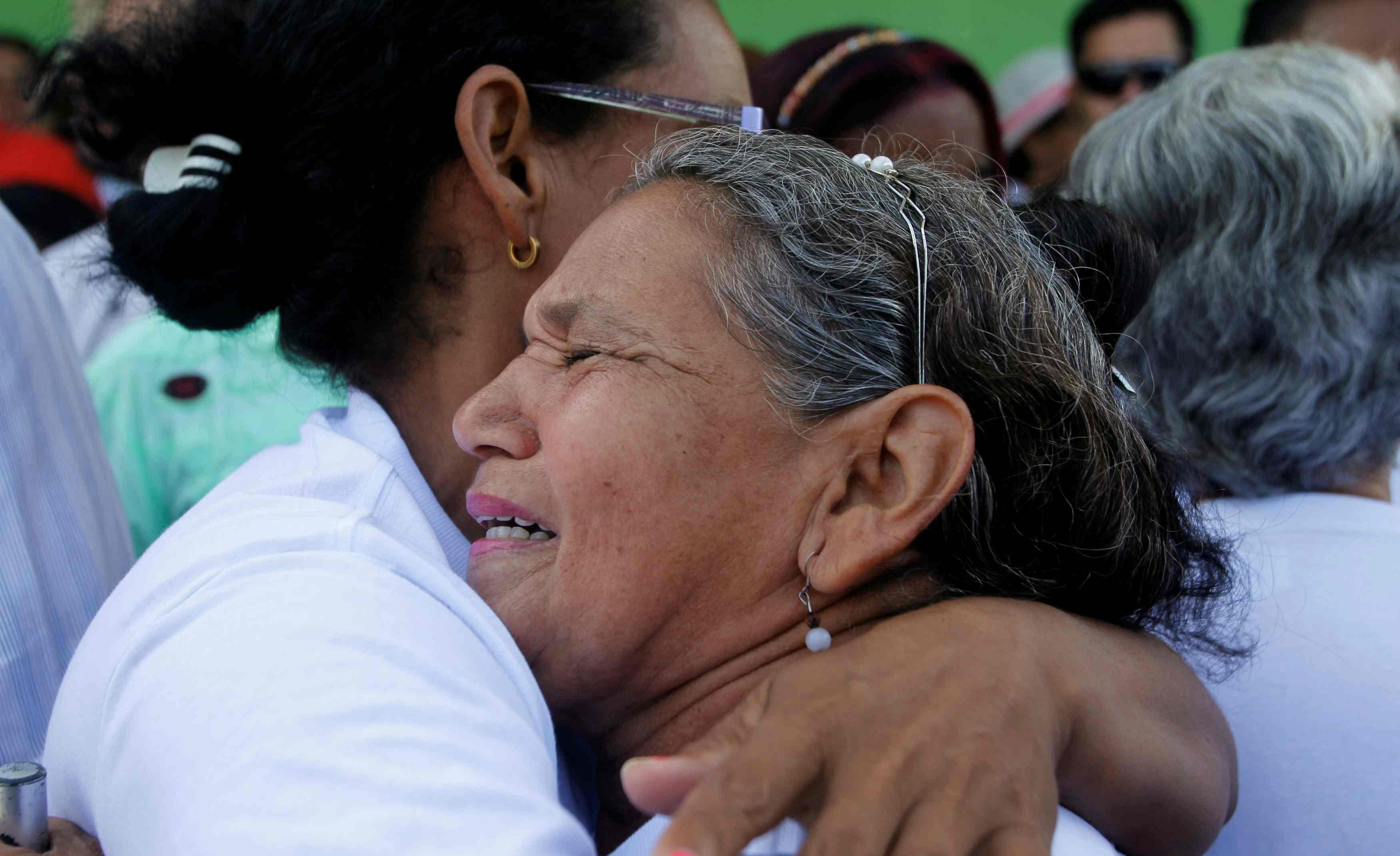 La aeronave trasladaba a 11 personas de Medellín al Chocó. Siete personas también resultaron heridas